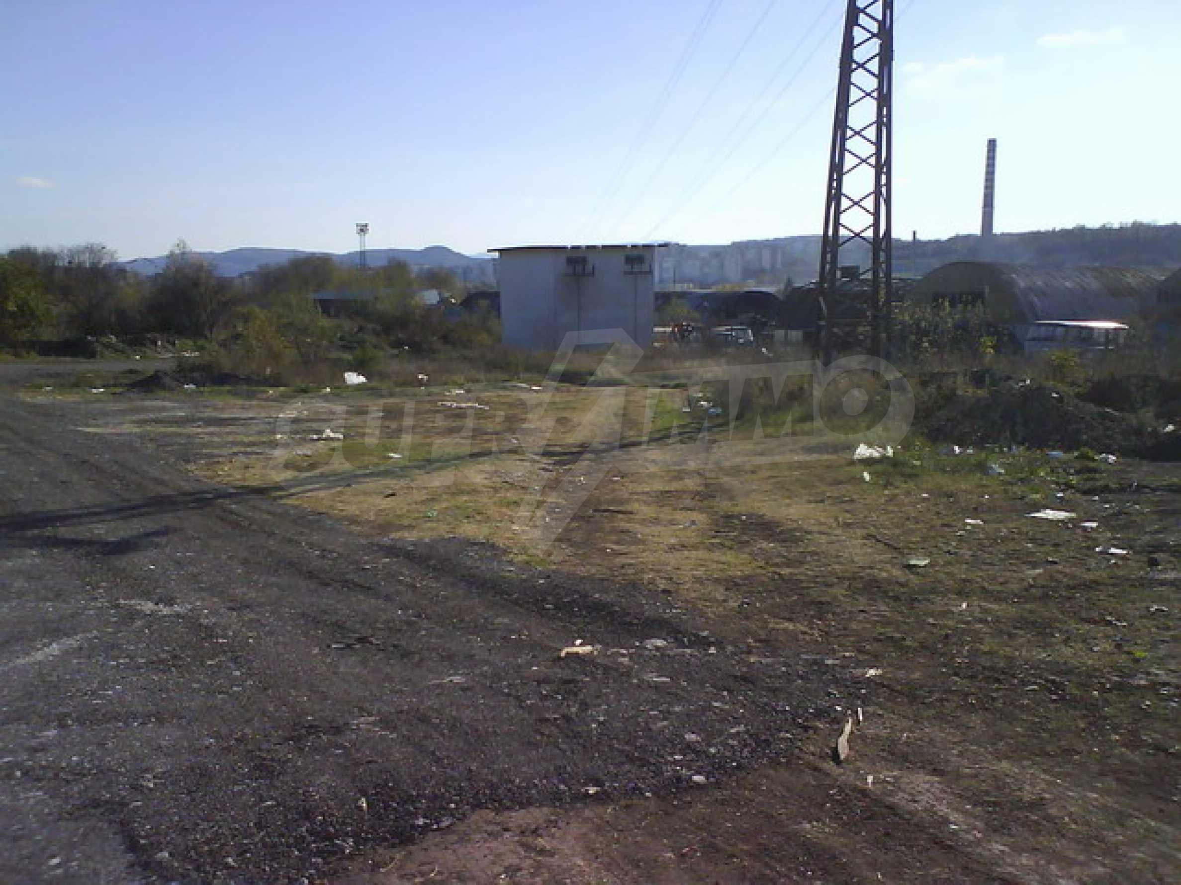 Земельный участок в г. Велико Тырново 12