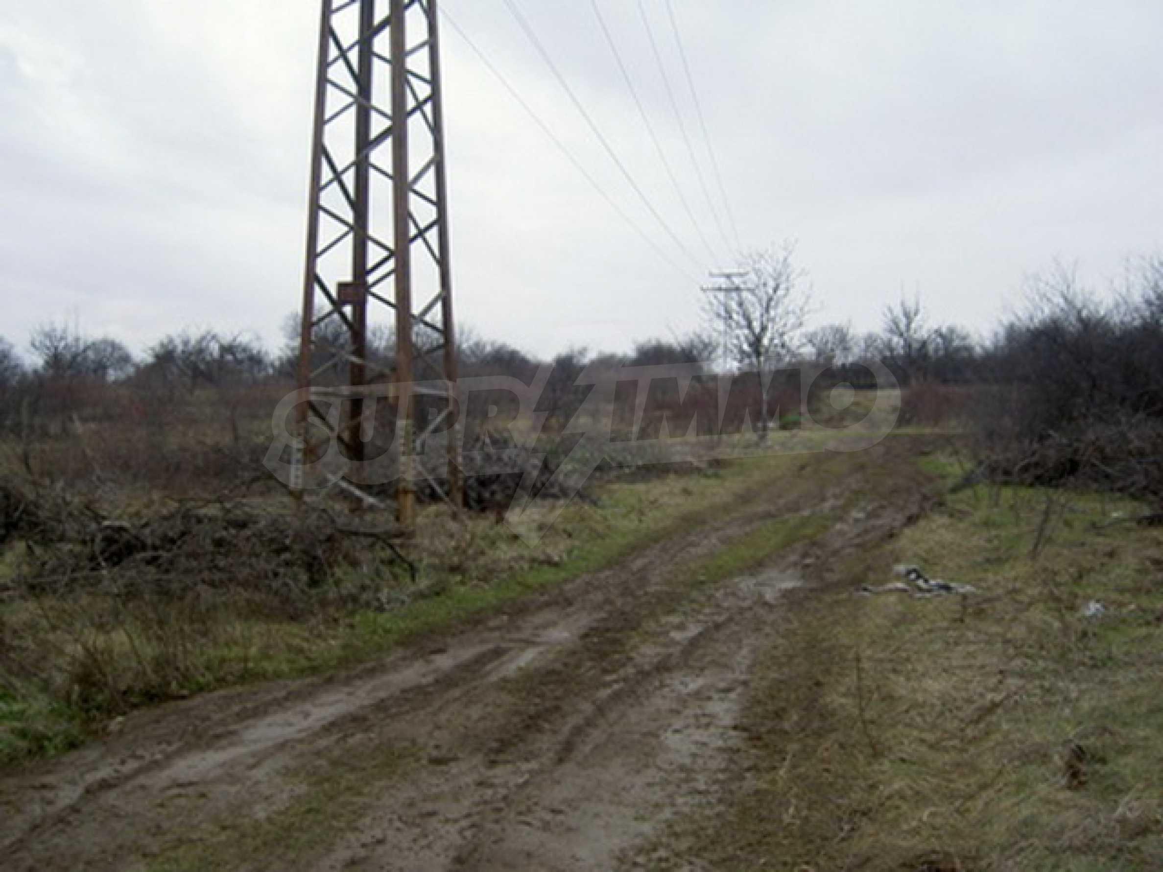 Земельный участок в г. Велико Тырново 4