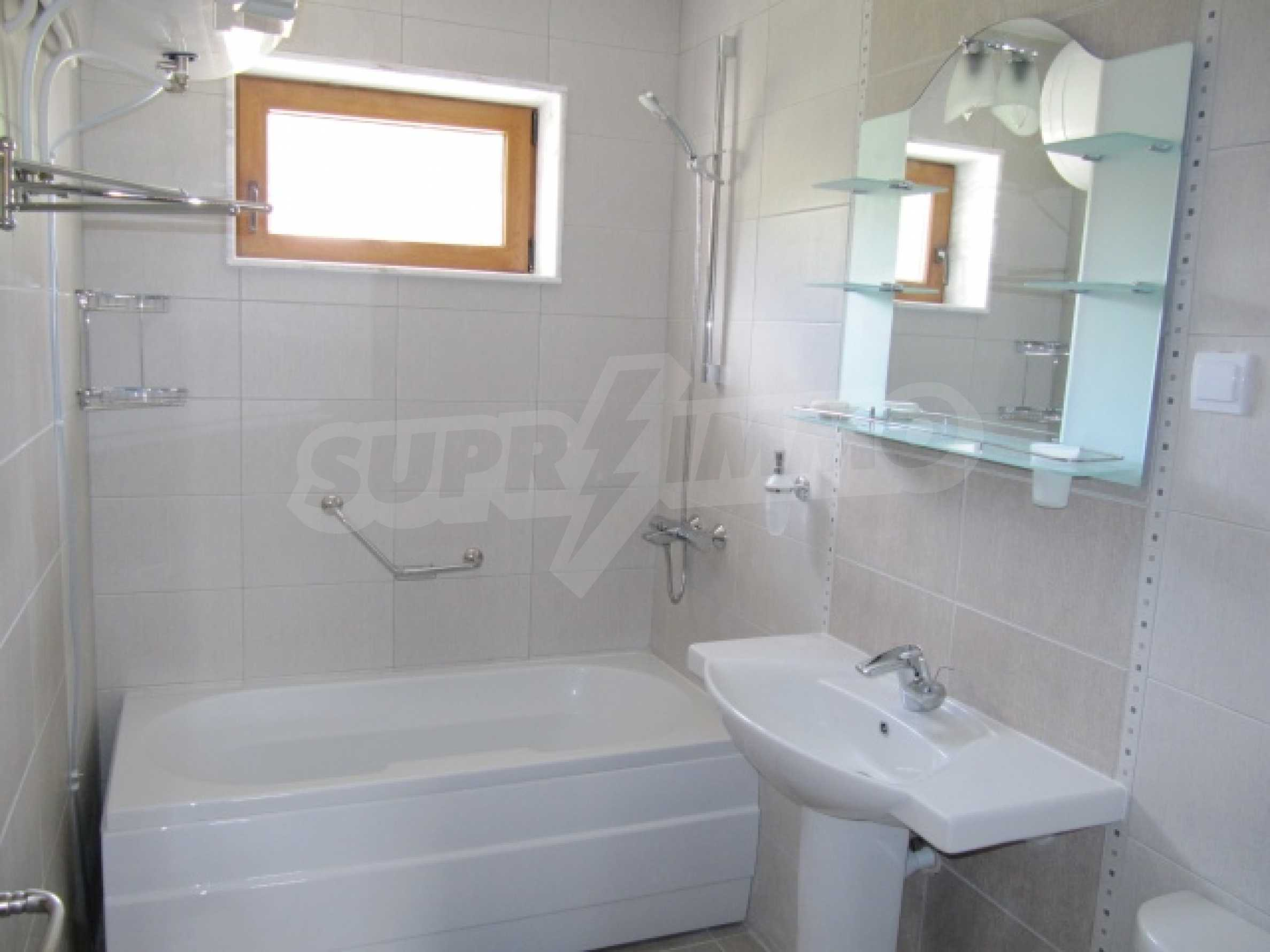 One bedroom apartment in a beautiful area 12