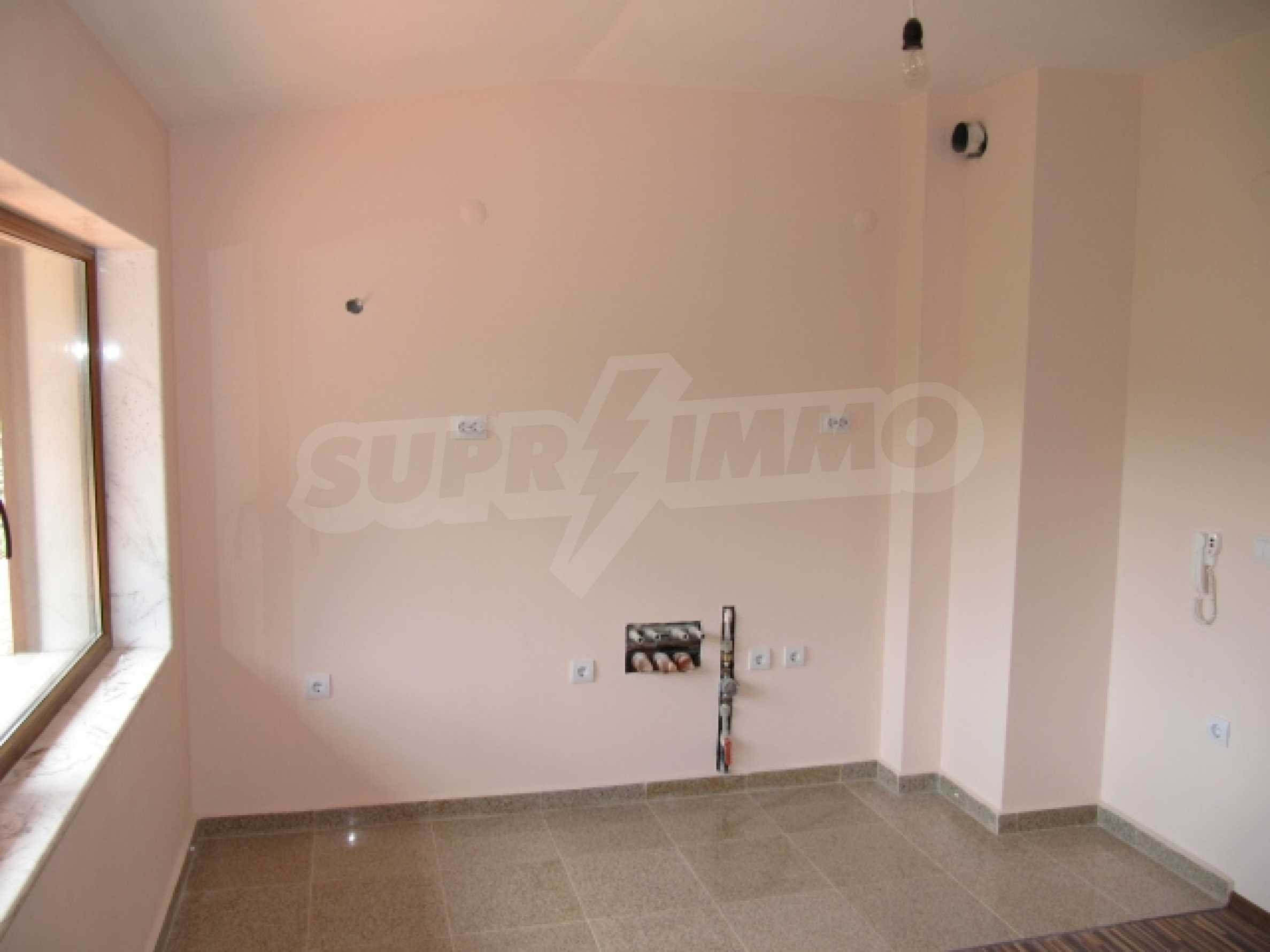 One bedroom apartment in a beautiful area 8
