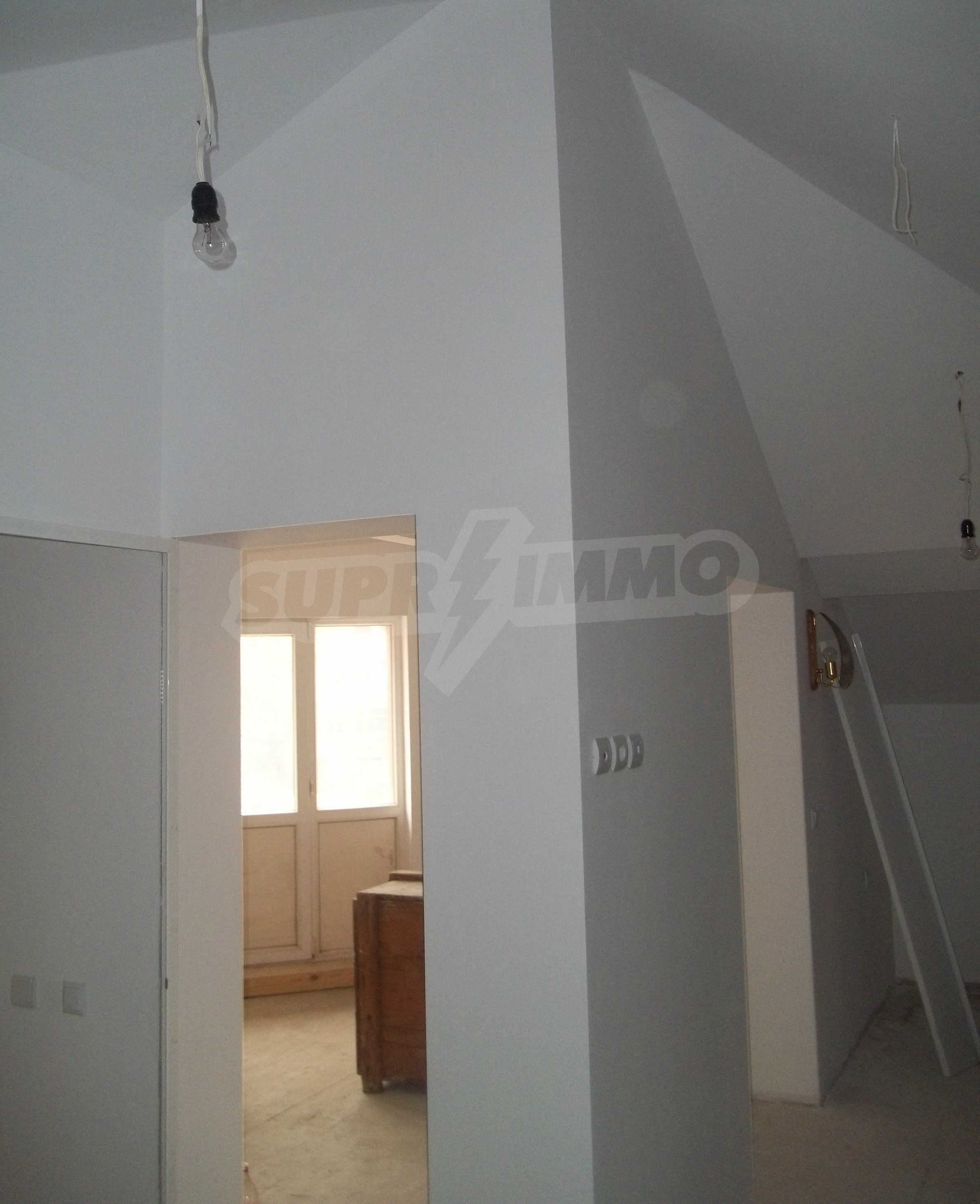 Renovated three-storey house in the center of Gabrovo 12