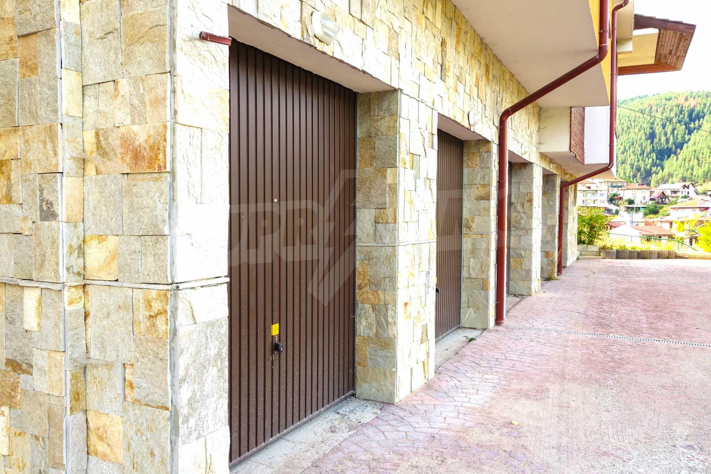 Dioni Apartments  6