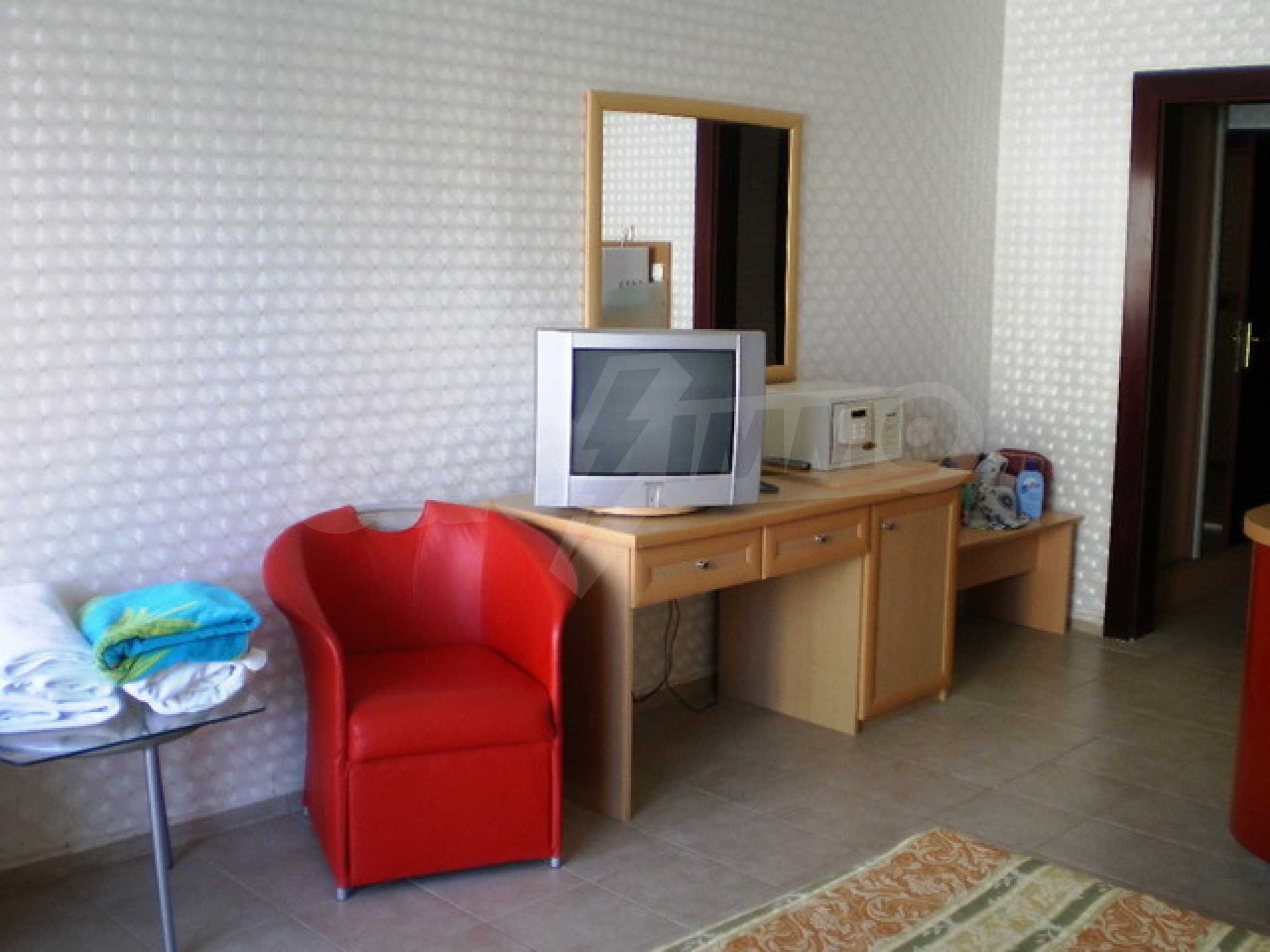 Студия в отеле «Планета» 15