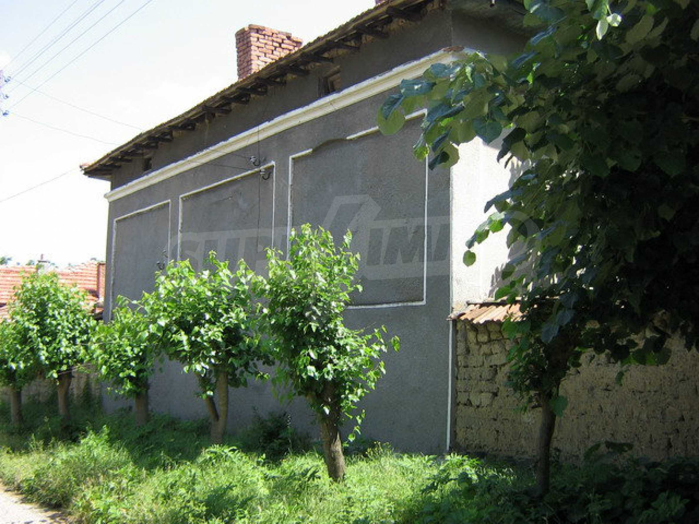Two storey house with a yard  50 km. from Veliko Tarnovo 1