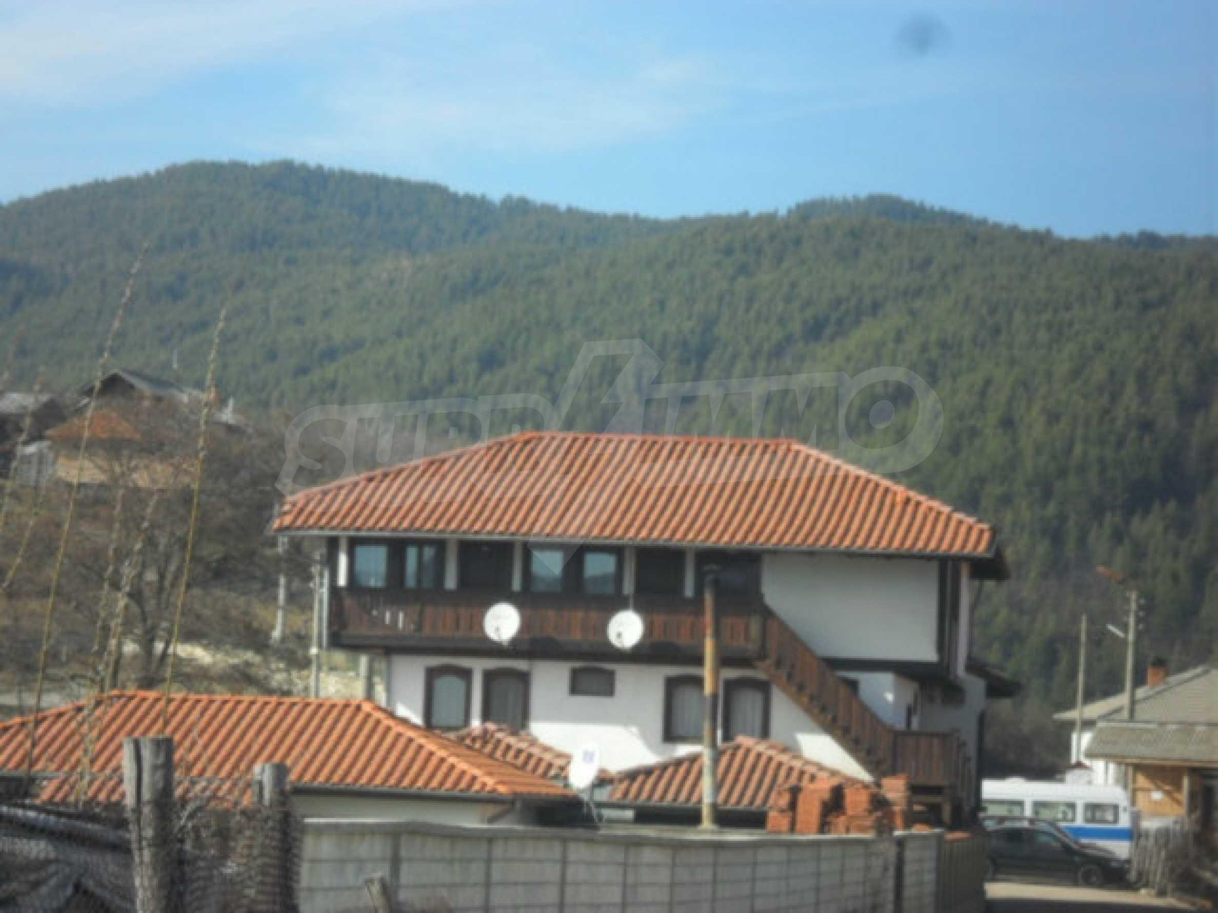 Industriegebäude mit Gelände 14