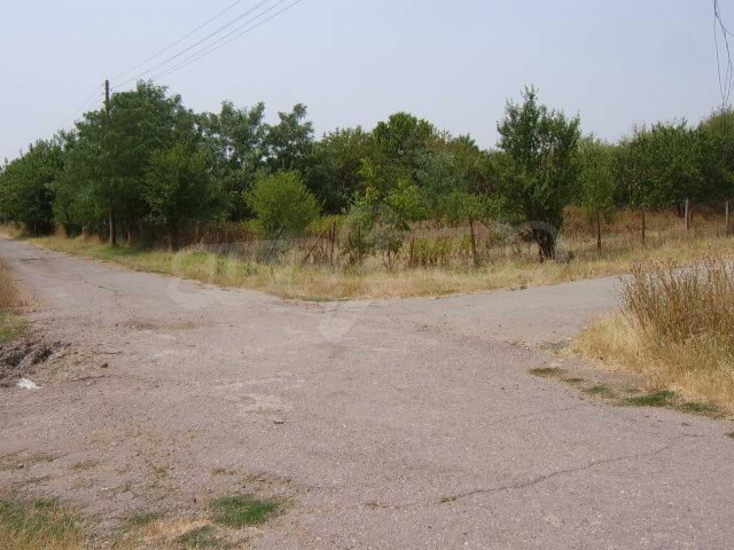 Земельный участок вблизи г. Стара Загора 12