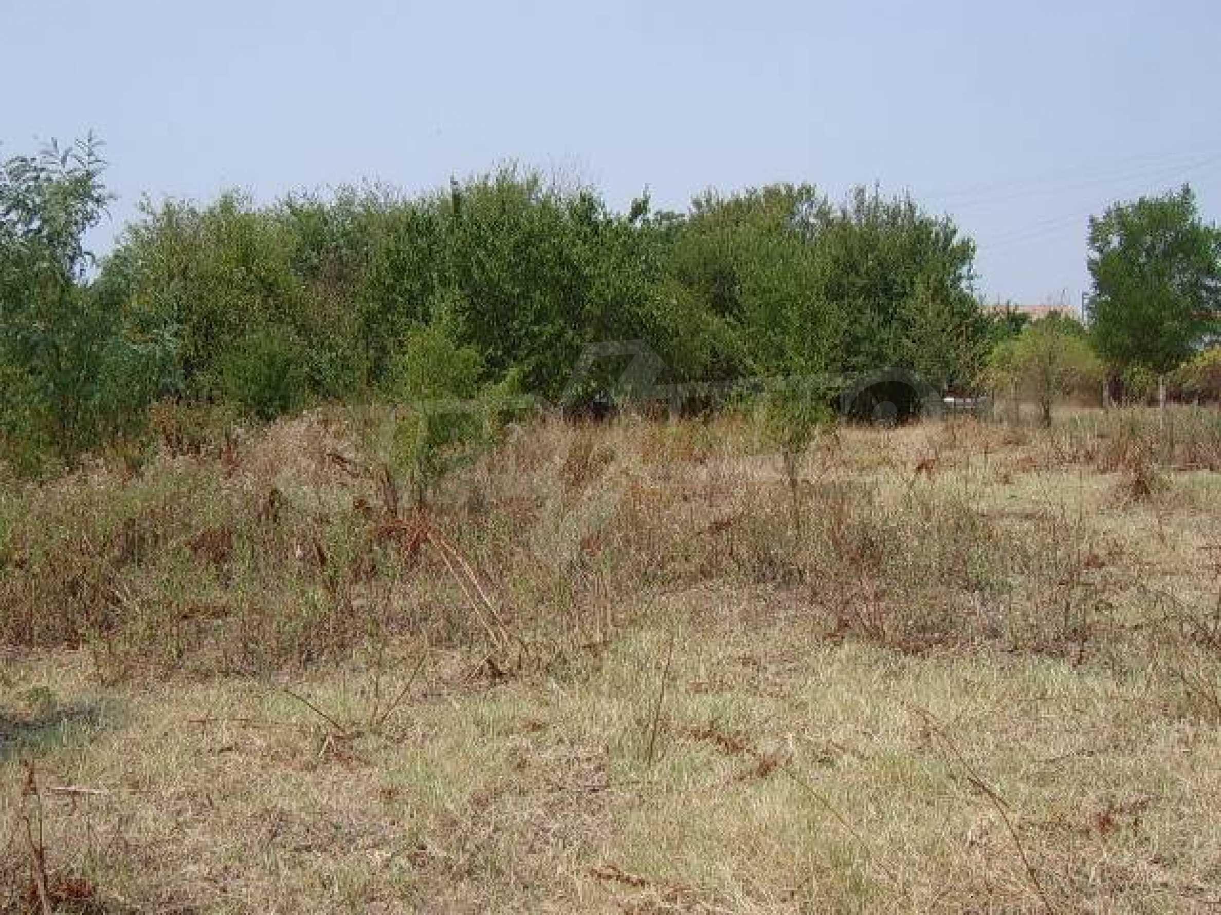 Земельный участок вблизи г. Стара Загора 3