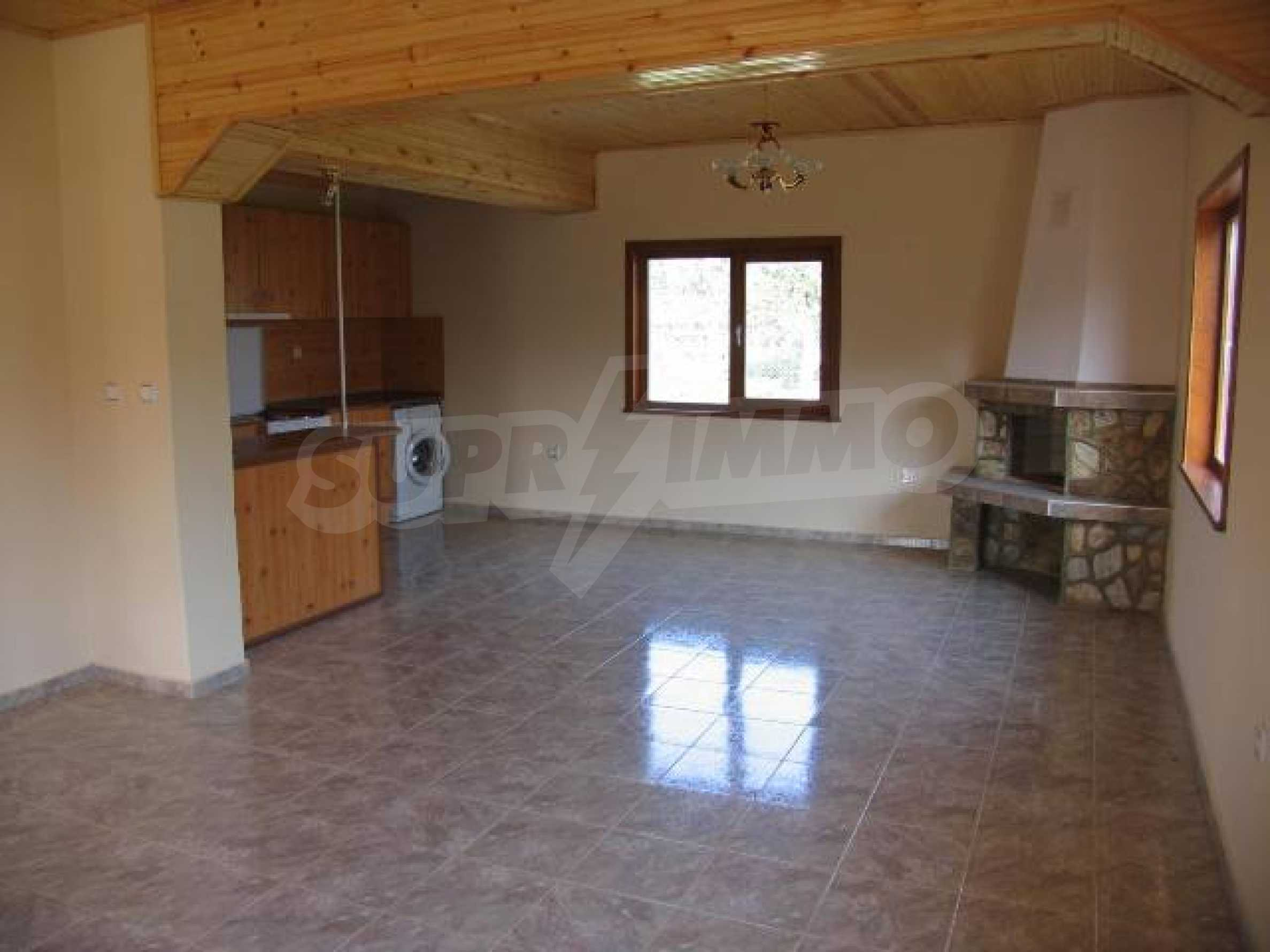 Two houses for sale in Stefanovo village 25km. from Albena 10