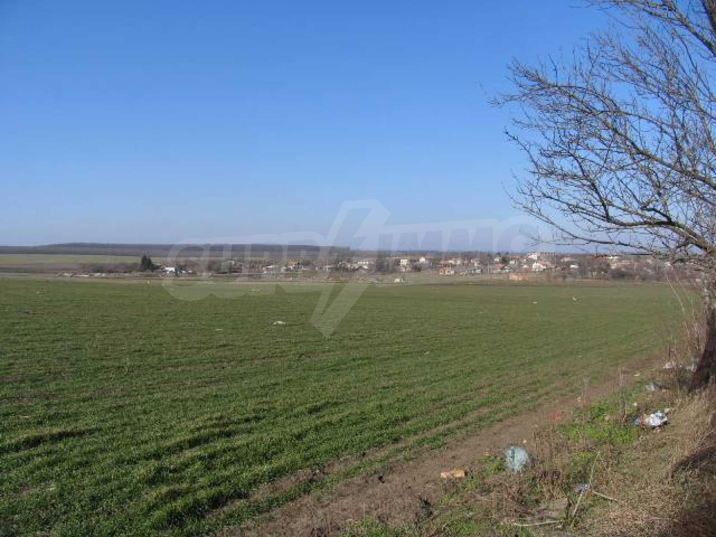 Земля для продажи в деревне Slaveevo - 15 км от курорта Албена 1