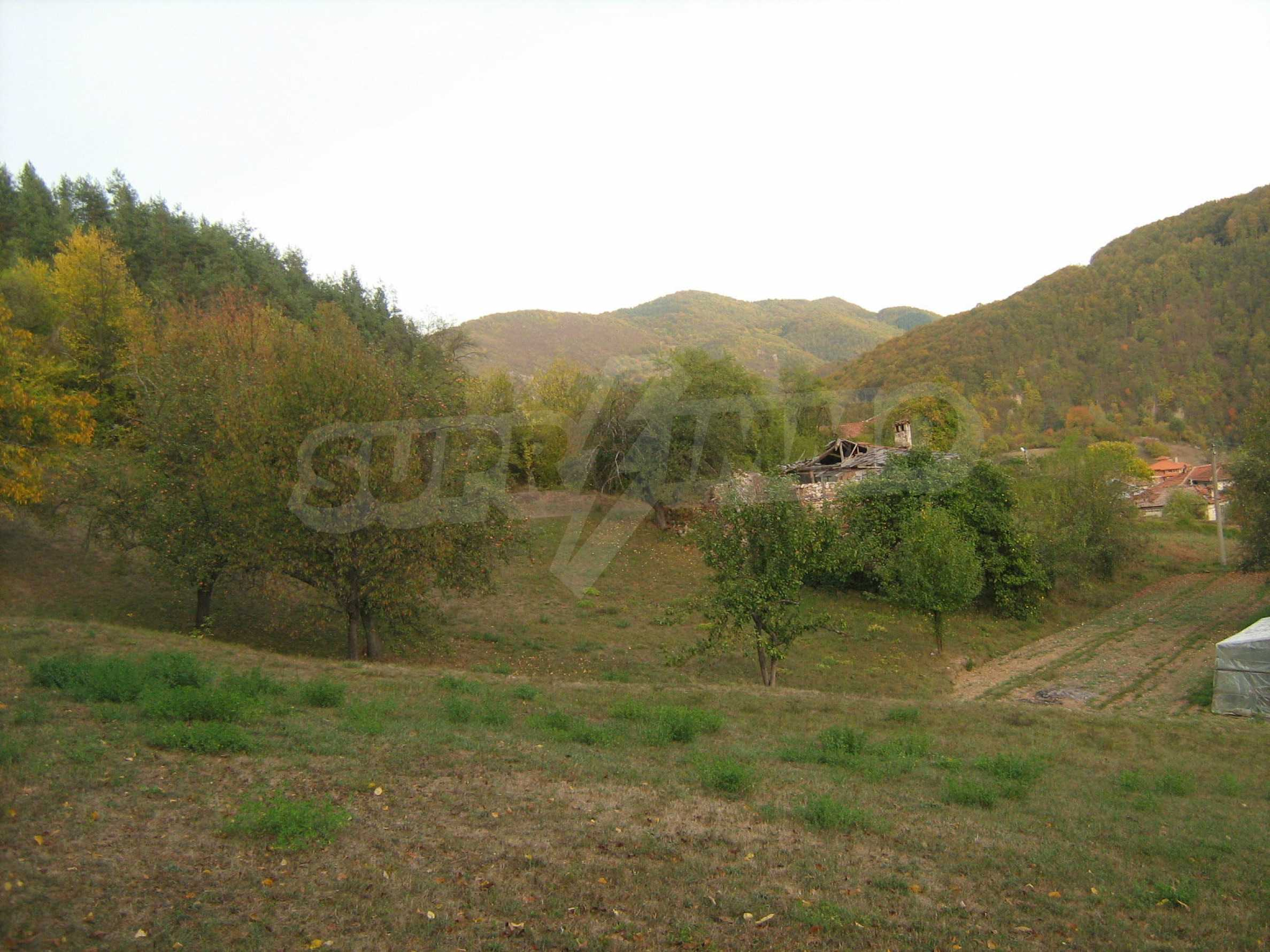 Picturesque regulated plot for private house near Smolyan 8
