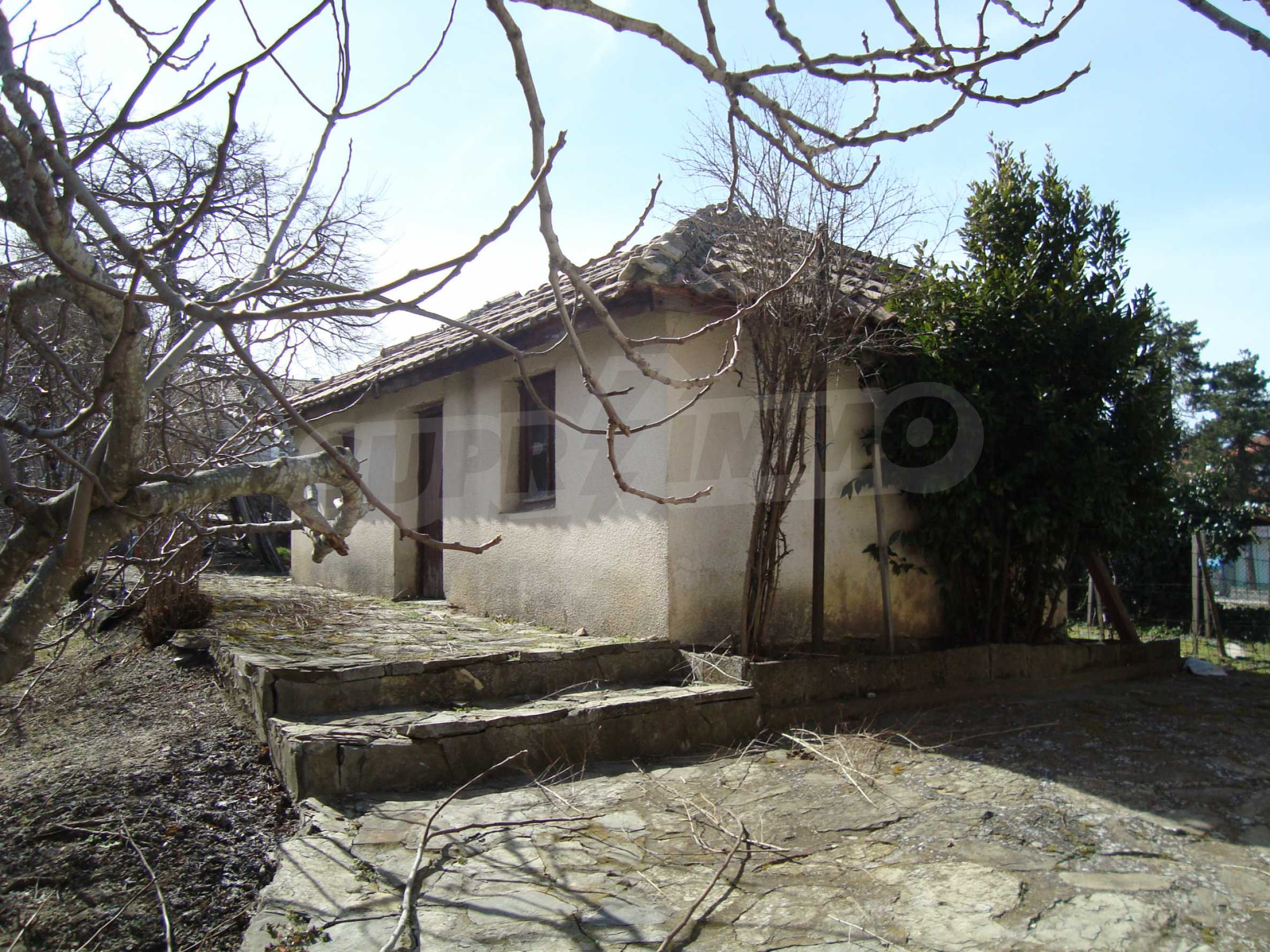 Two-storey house for sale in Lozenets 11