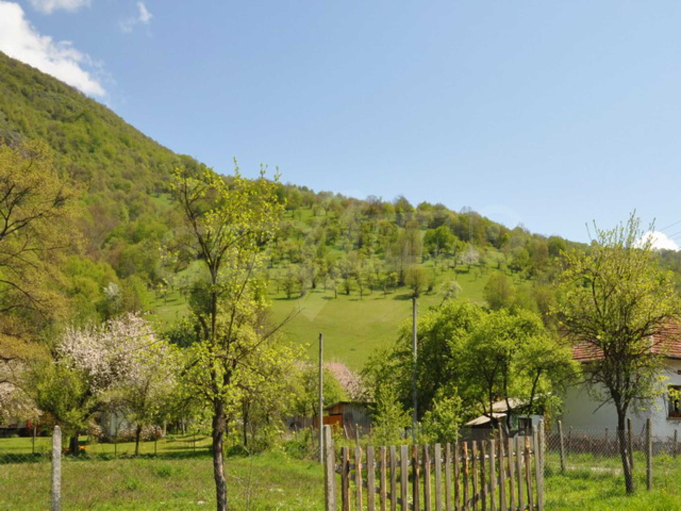 Lovely plot with great views 4