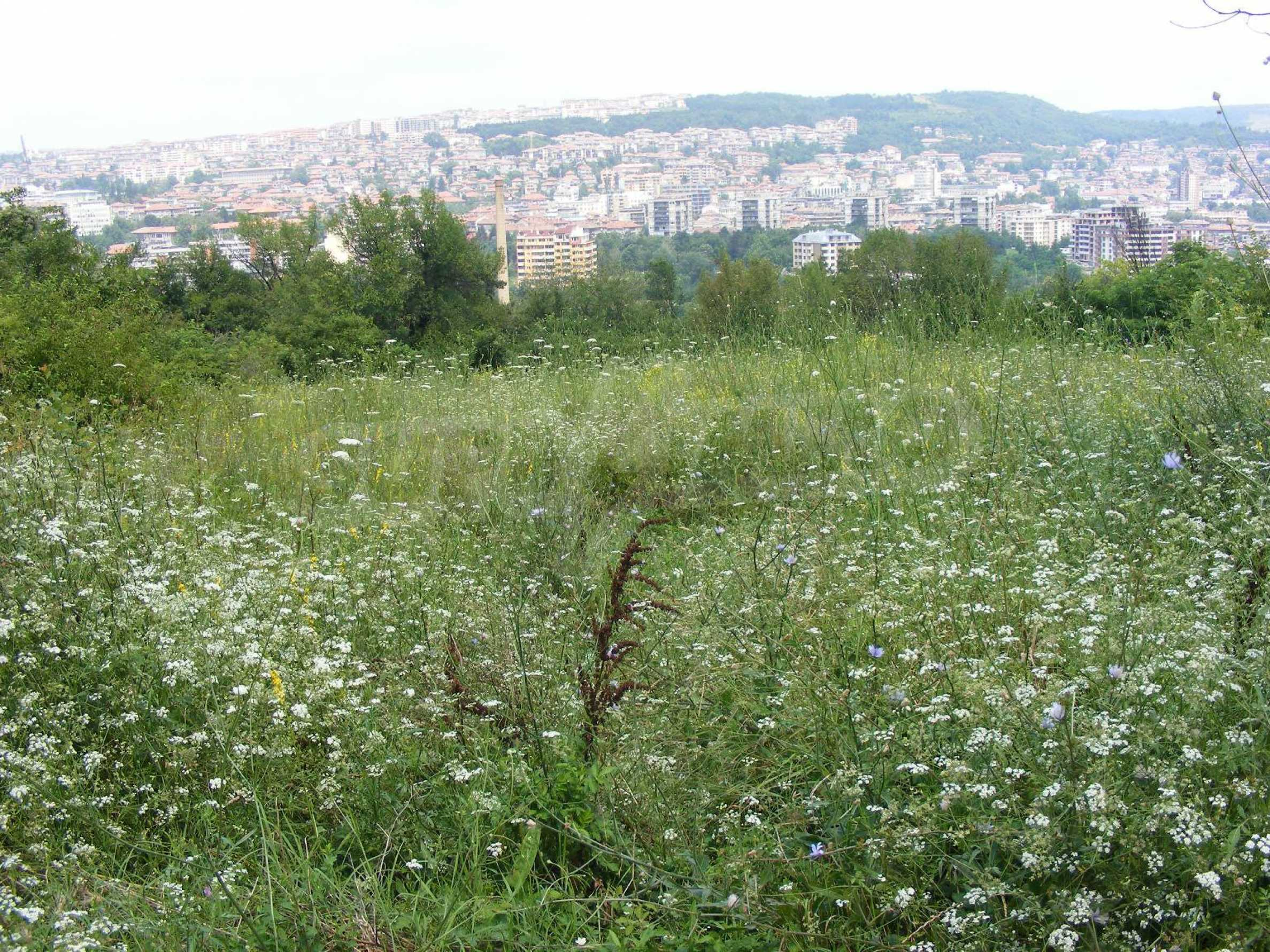 A plot of land with amazing view in town Veliko Tarnovo