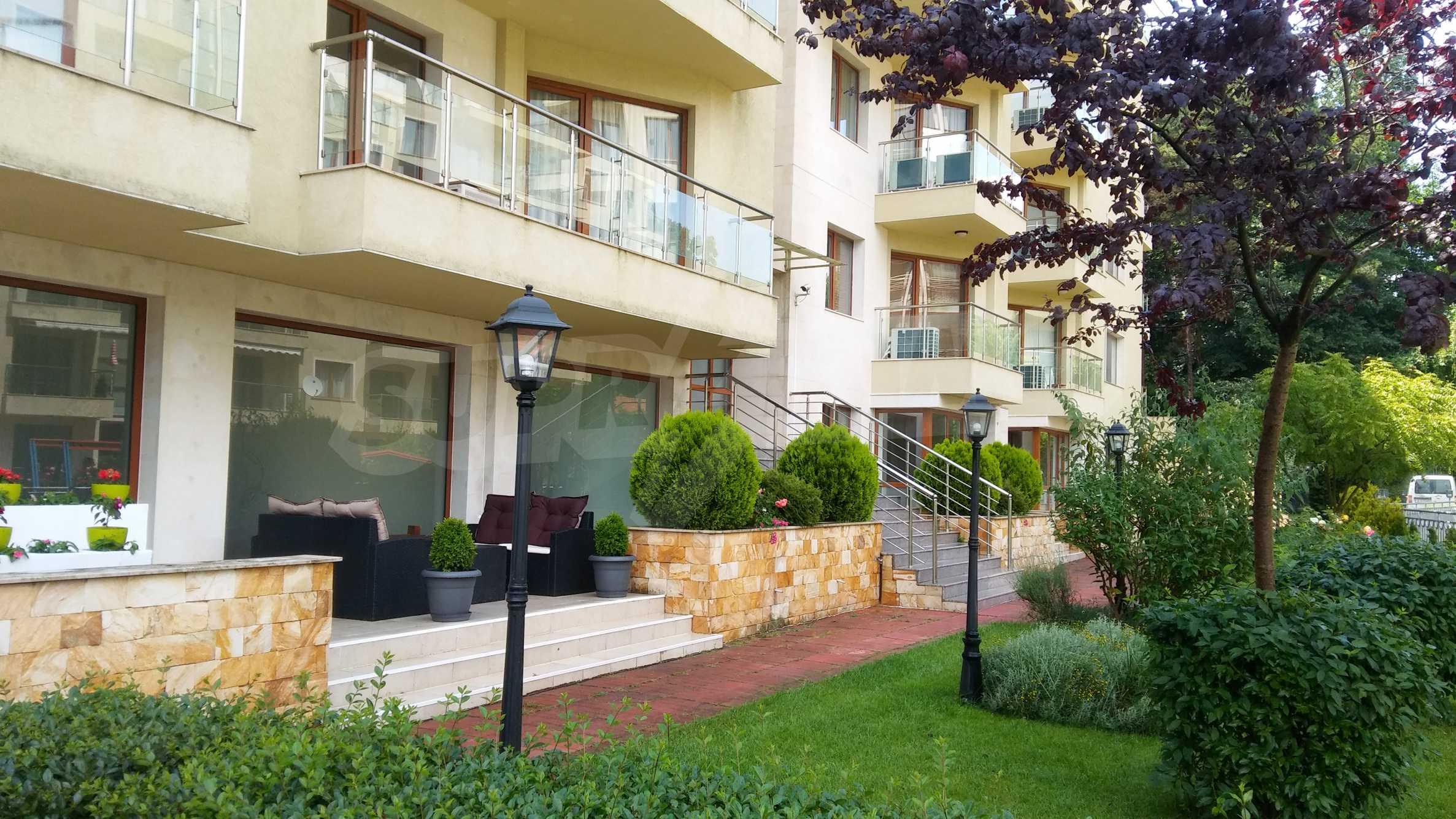Апартаменти до ключ в комплекс до Ботаническата градина и Св. Константин и Елена 14
