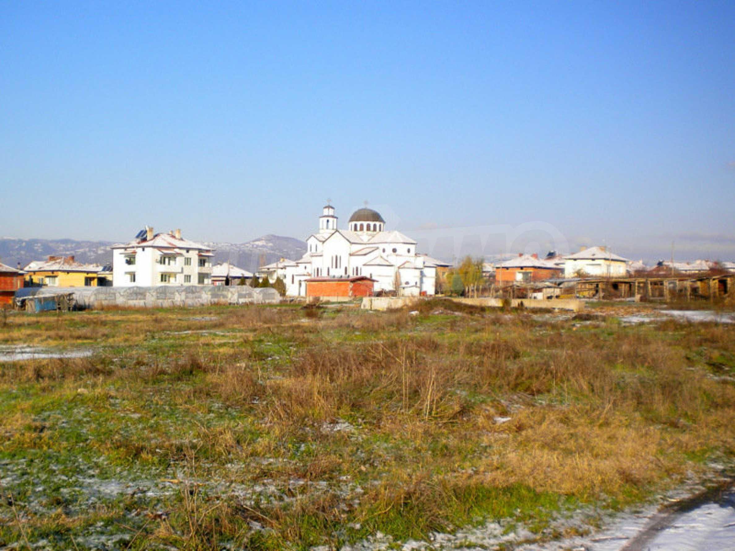 Grundstück für ein Einfamilienhaus in einem Dorf in der Nähe des Kurorts Sandanski 2