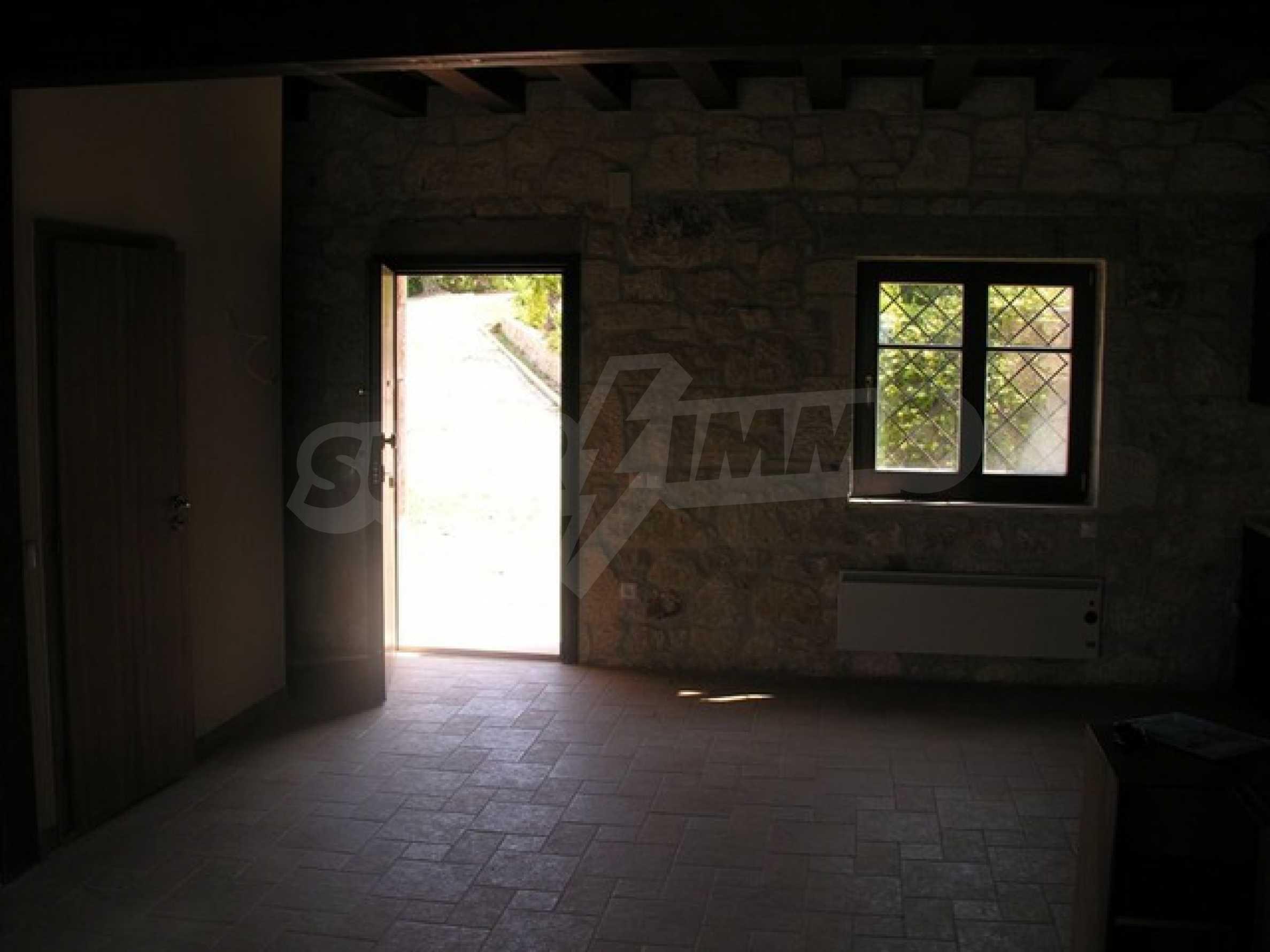 Къща  в  Посиди 11