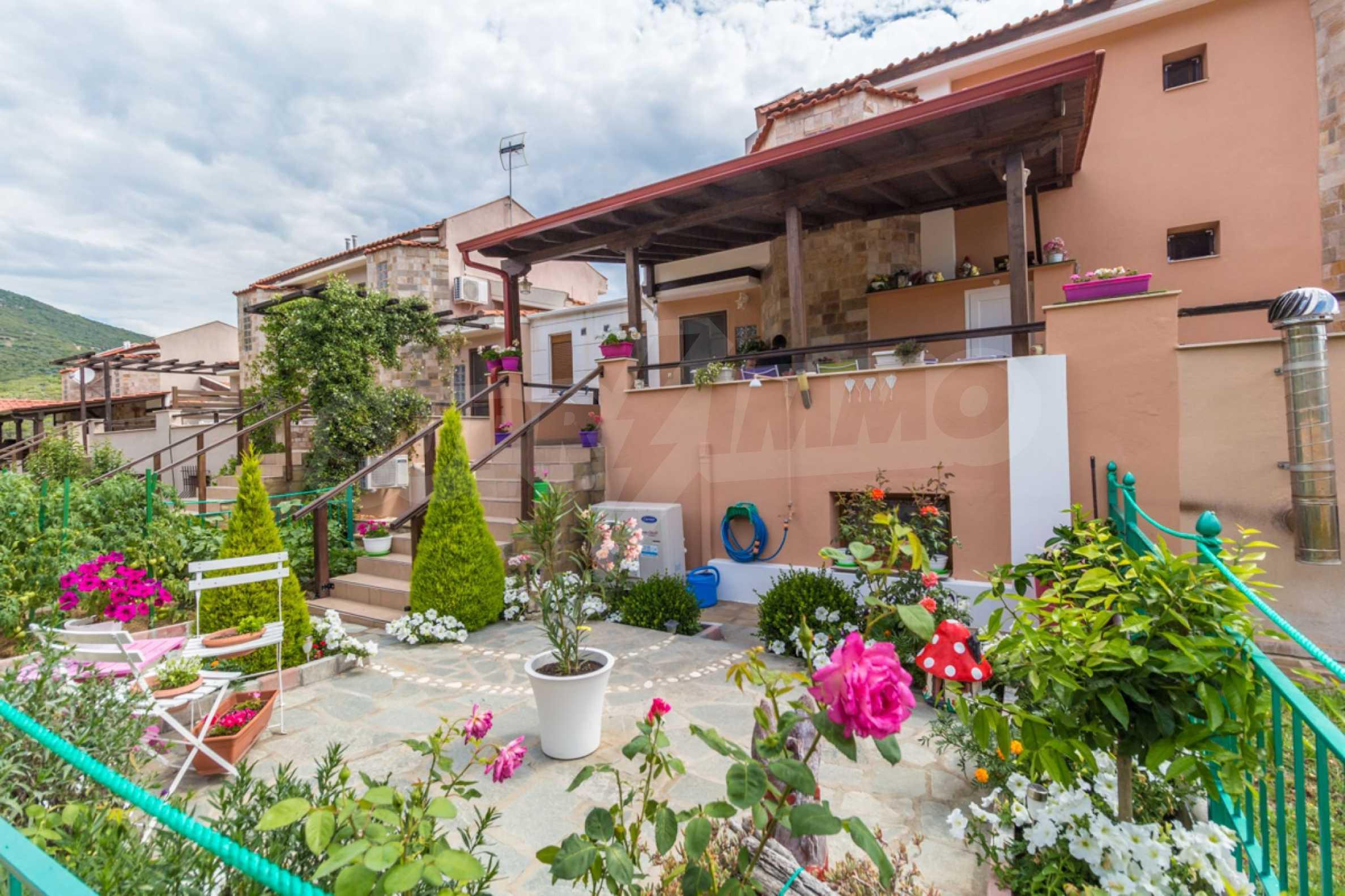 Къща  в  Акти Салоникю 20