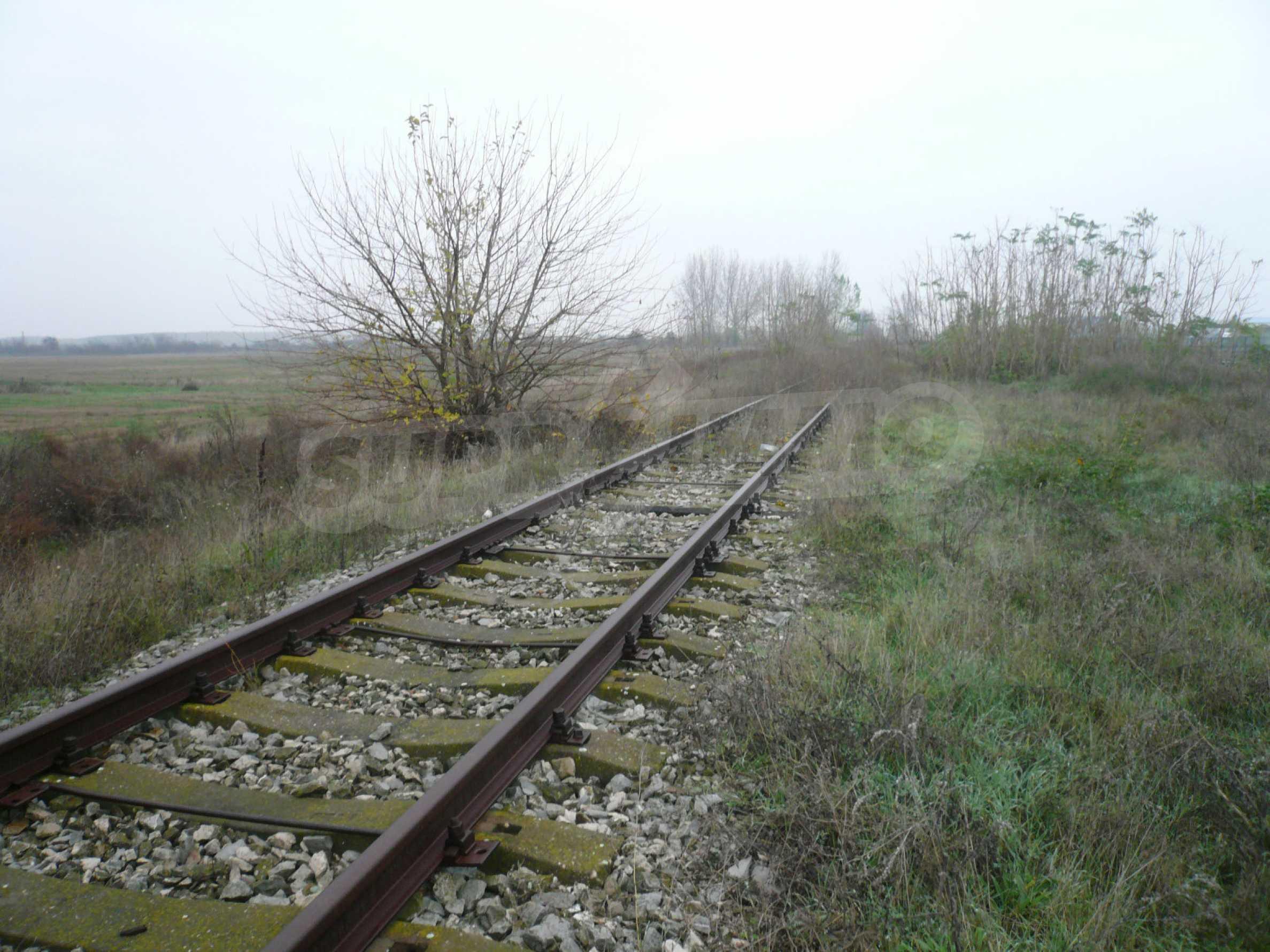 Großes reguliertes Grundstück im Industriegebiet von Vidin 3