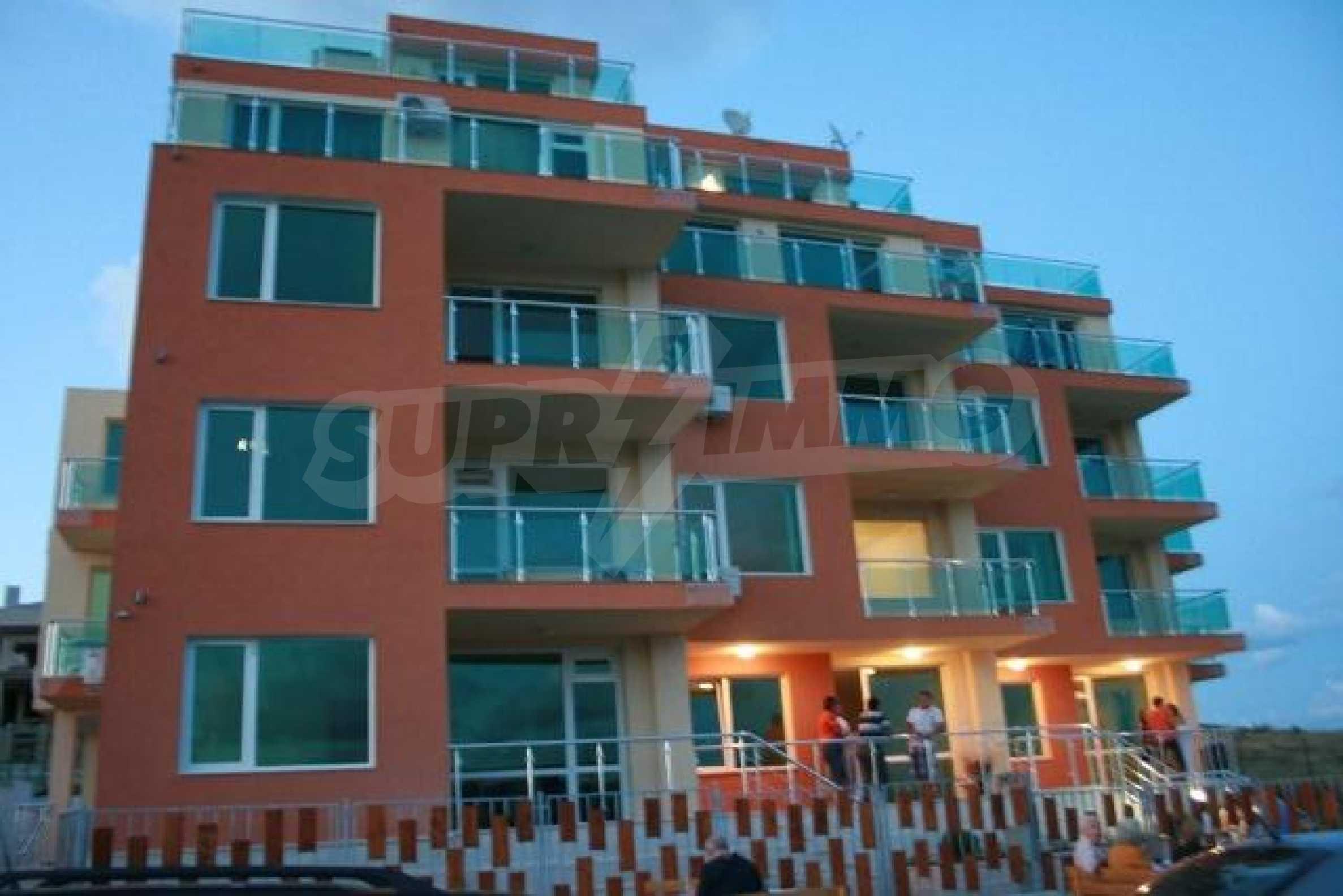 Panorama-Apartment mit zwei Schlafzimmern in Byala