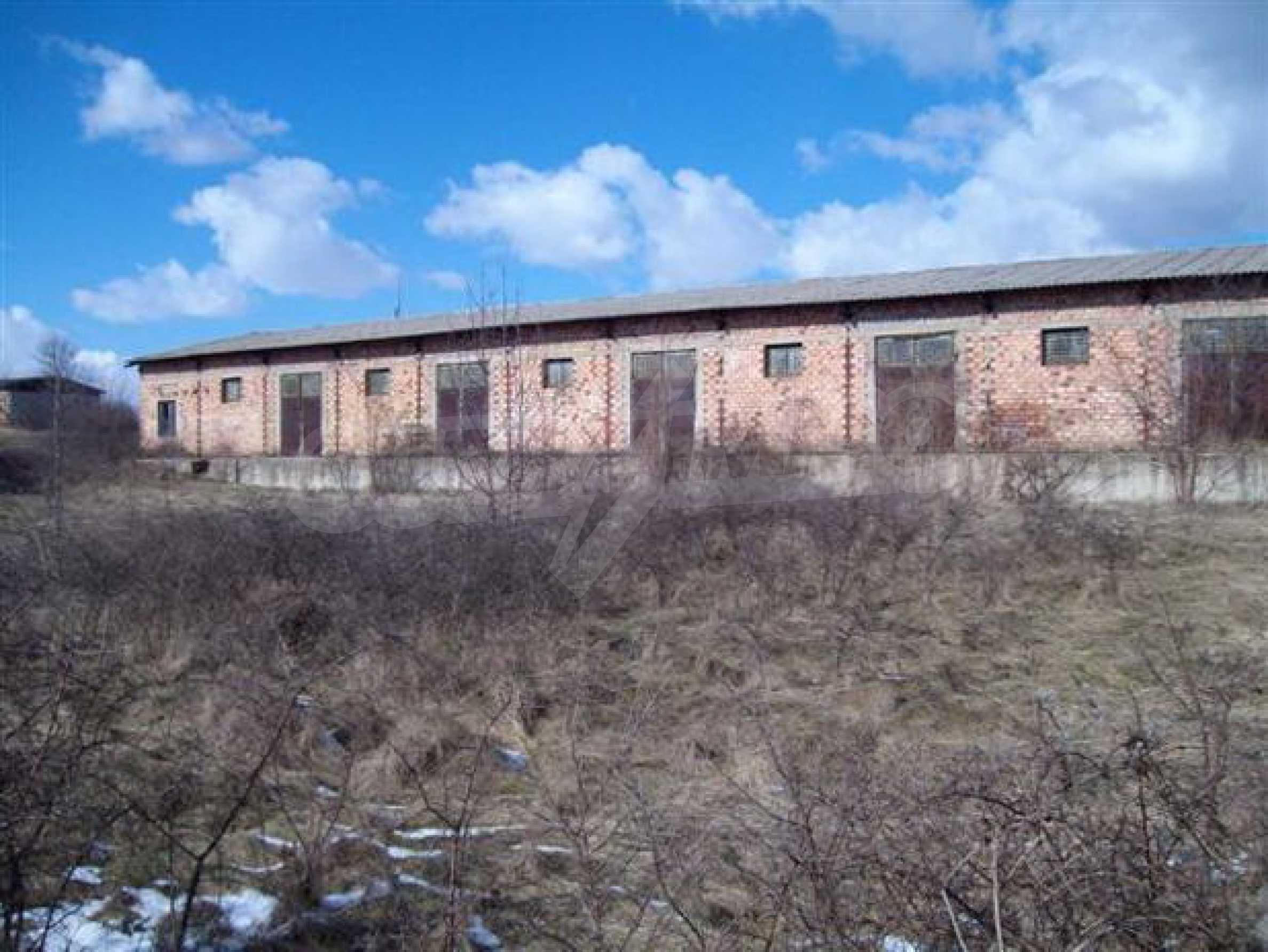 Продажа склада в г. Севлиево