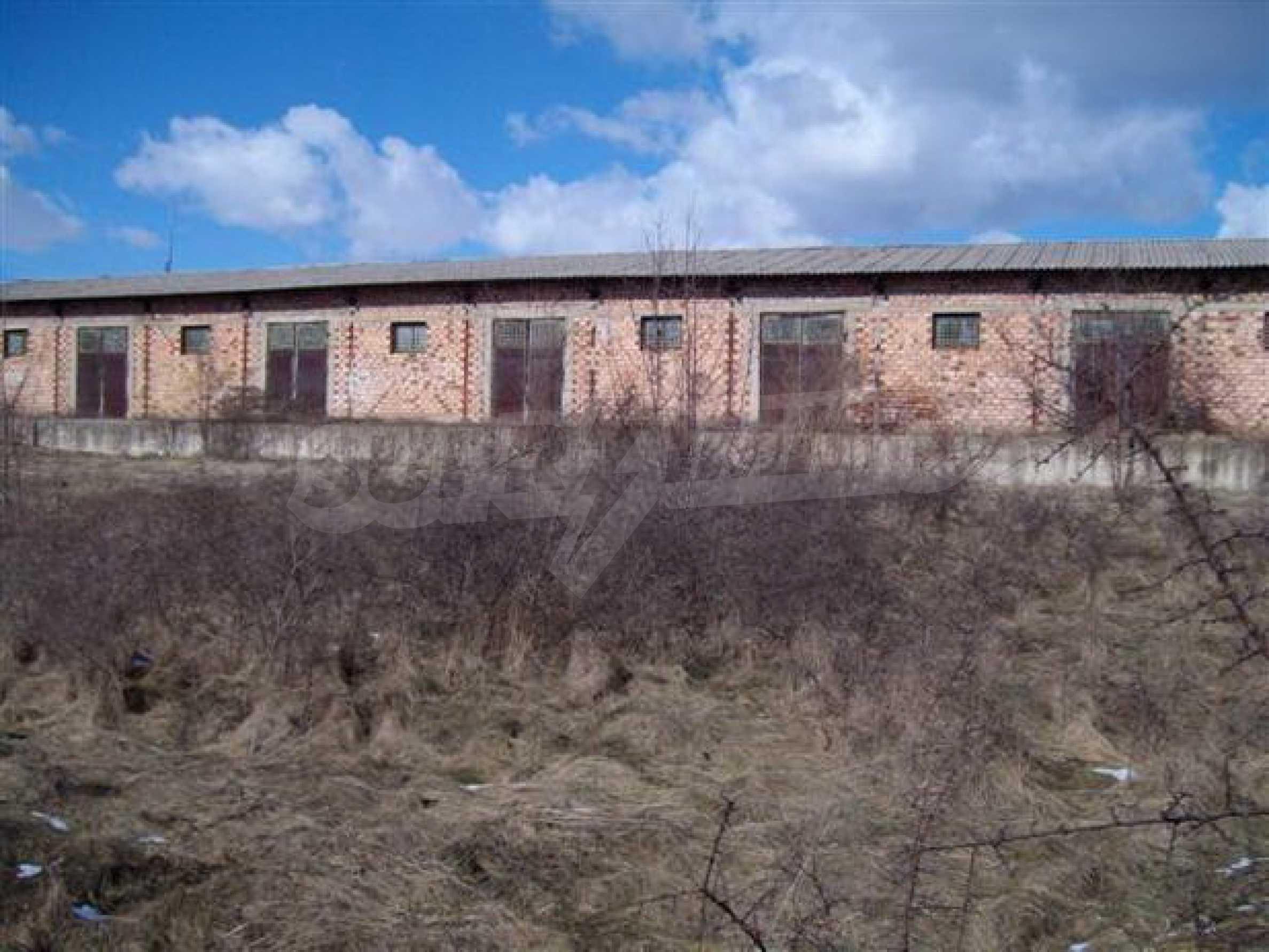 Продажа склада в г. Севлиево 1