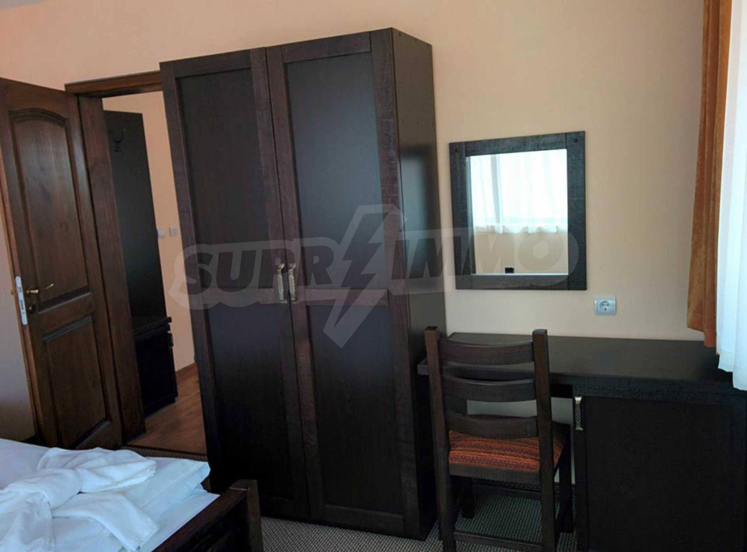 Neu erbautes, komfortabel eingerichtetes Hotel mit Pool im Herzen des Balkangebirges 17