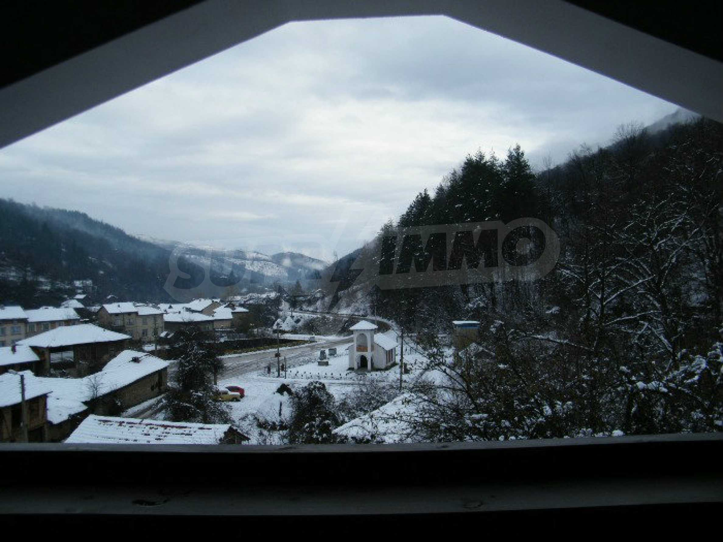 Neu erbautes, komfortabel eingerichtetes Hotel mit Pool im Herzen des Balkangebirges 57