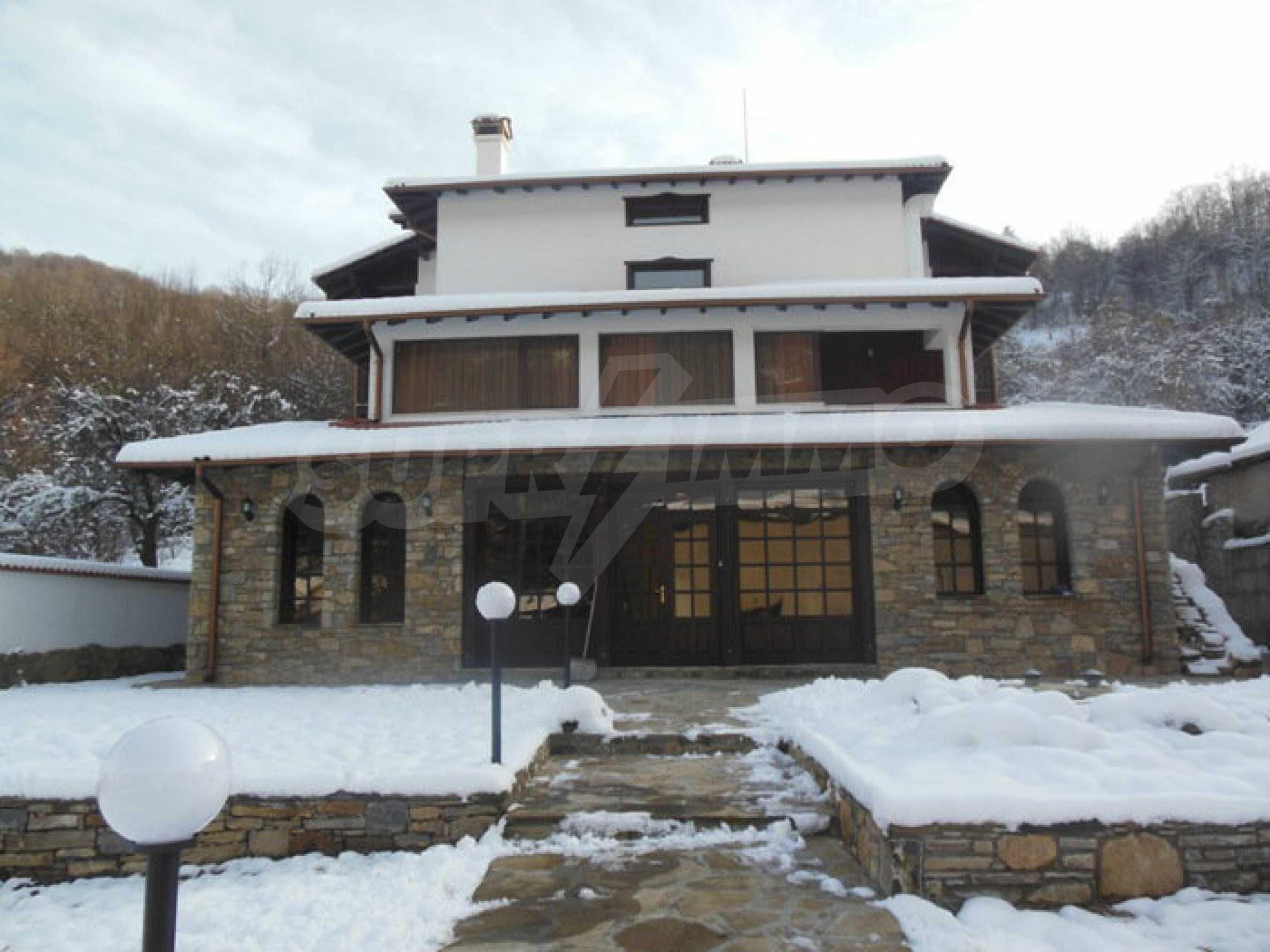 Neu erbautes, komfortabel eingerichtetes Hotel mit Pool im Herzen des Balkangebirges 59