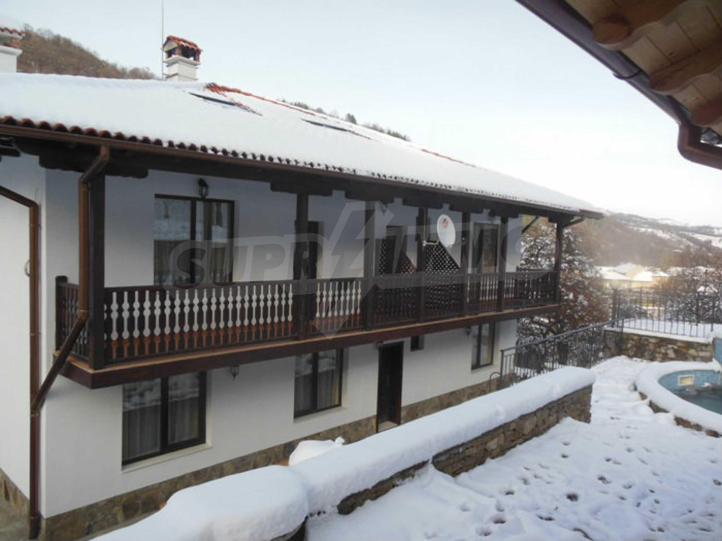Neu erbautes, komfortabel eingerichtetes Hotel mit Pool im Herzen des Balkangebirges 61