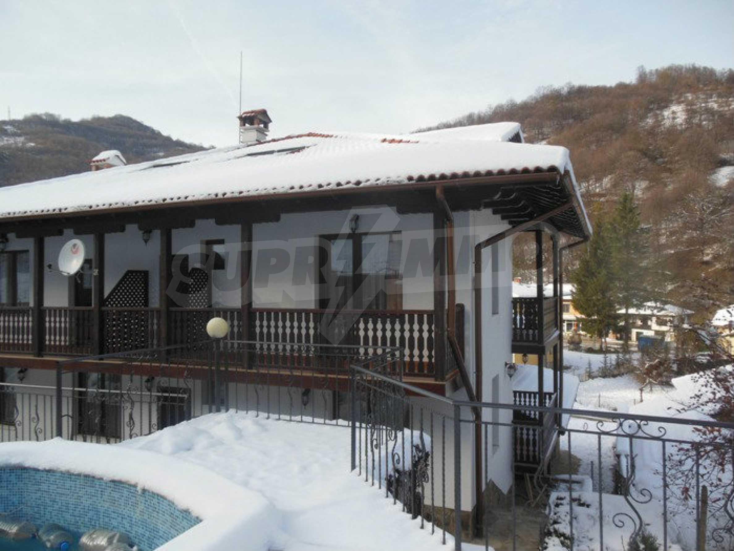Neu erbautes, komfortabel eingerichtetes Hotel mit Pool im Herzen des Balkangebirges 62