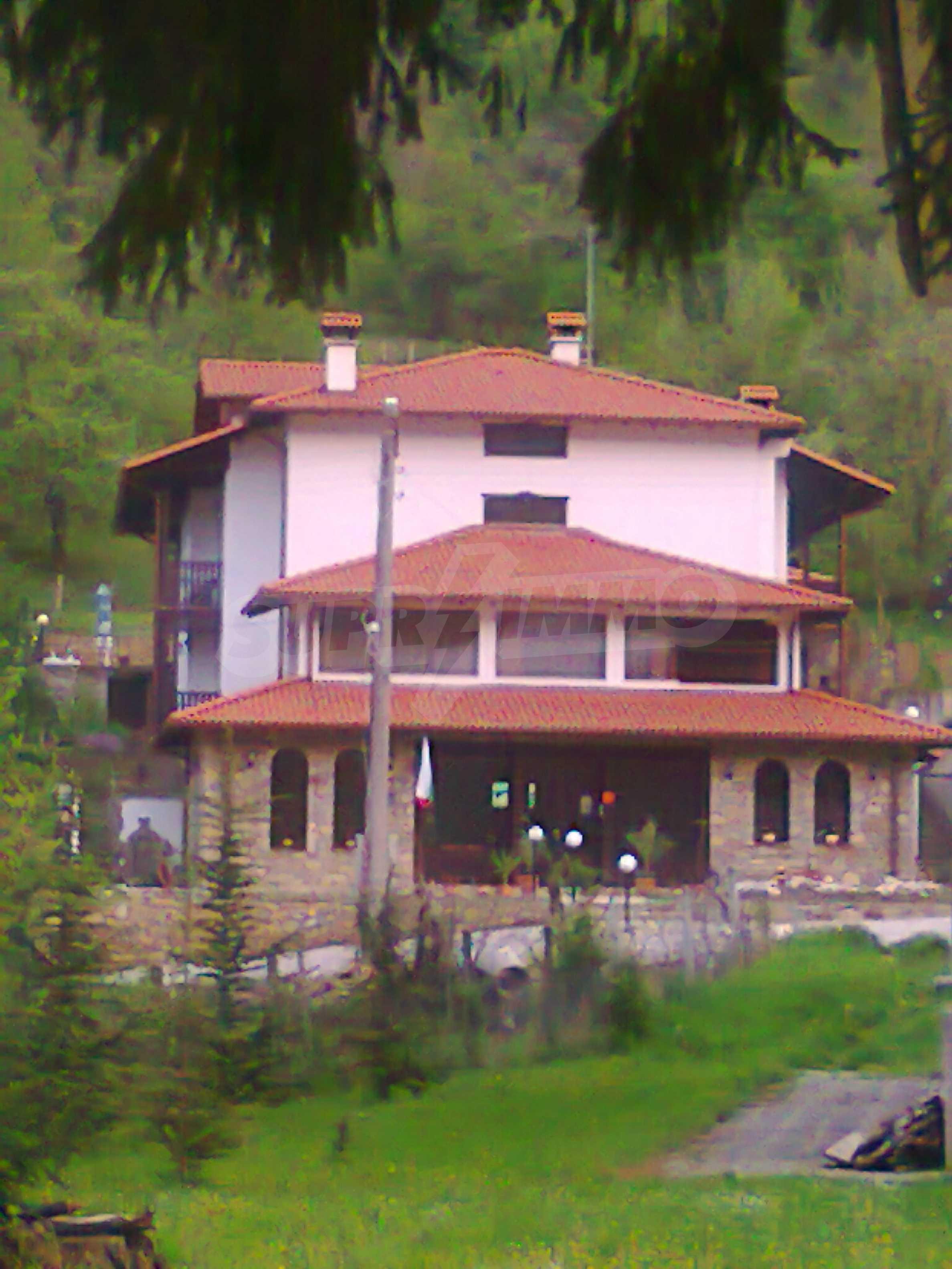 Neu erbautes, komfortabel eingerichtetes Hotel mit Pool im Herzen des Balkangebirges 66