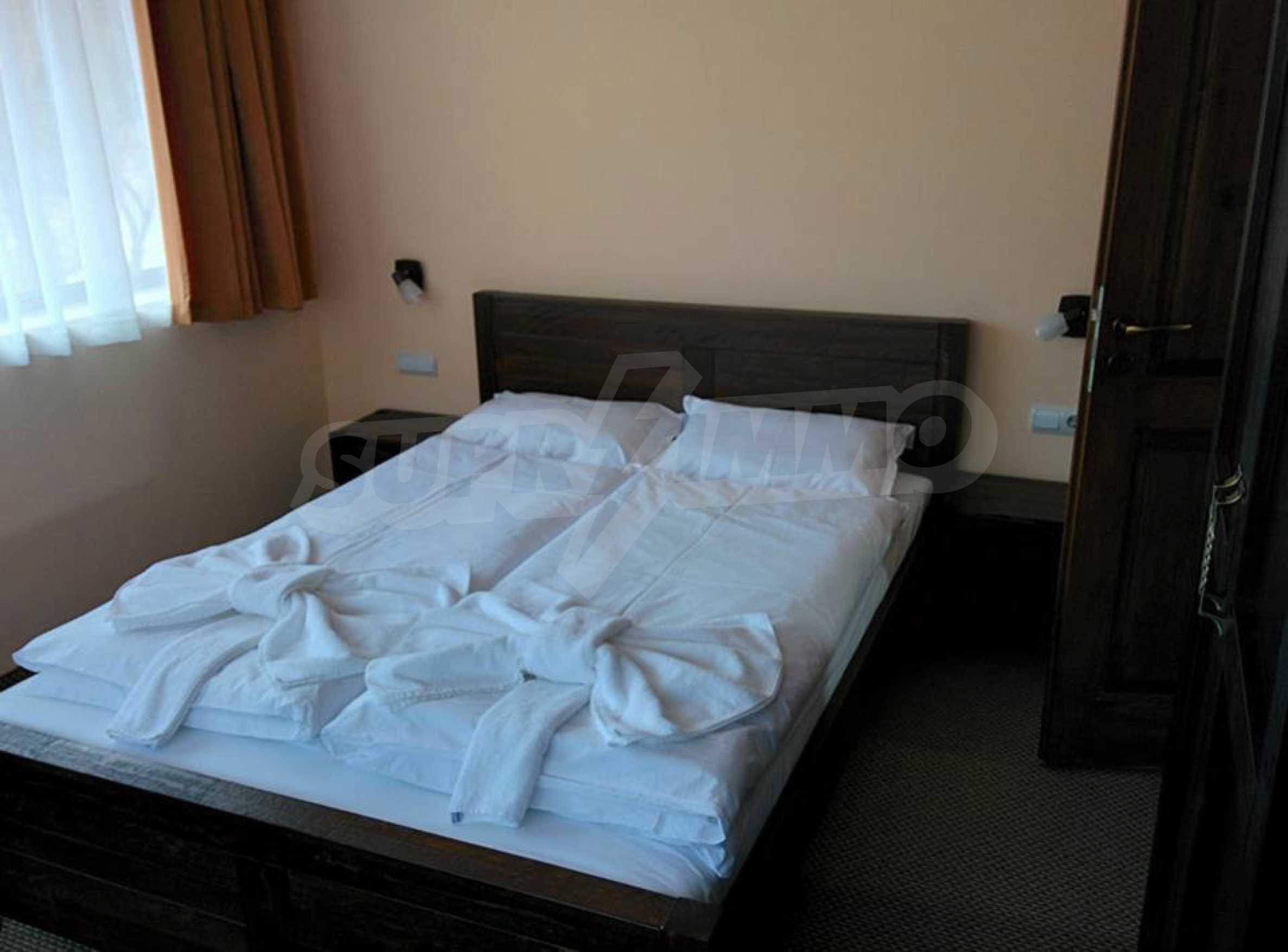 Neu erbautes, komfortabel eingerichtetes Hotel mit Pool im Herzen des Balkangebirges 6