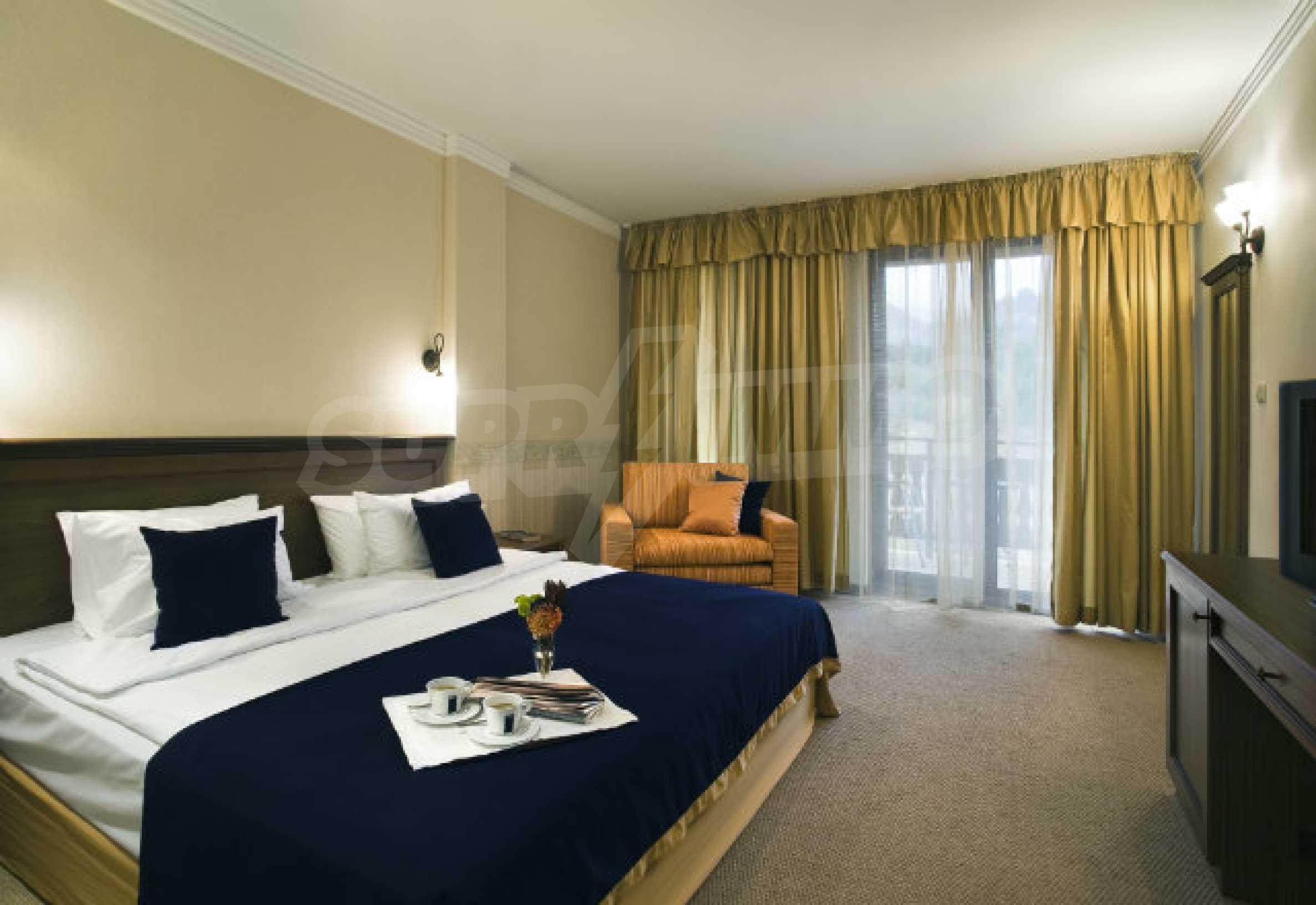 Hotel for sale in the ski resort of Bansko 5