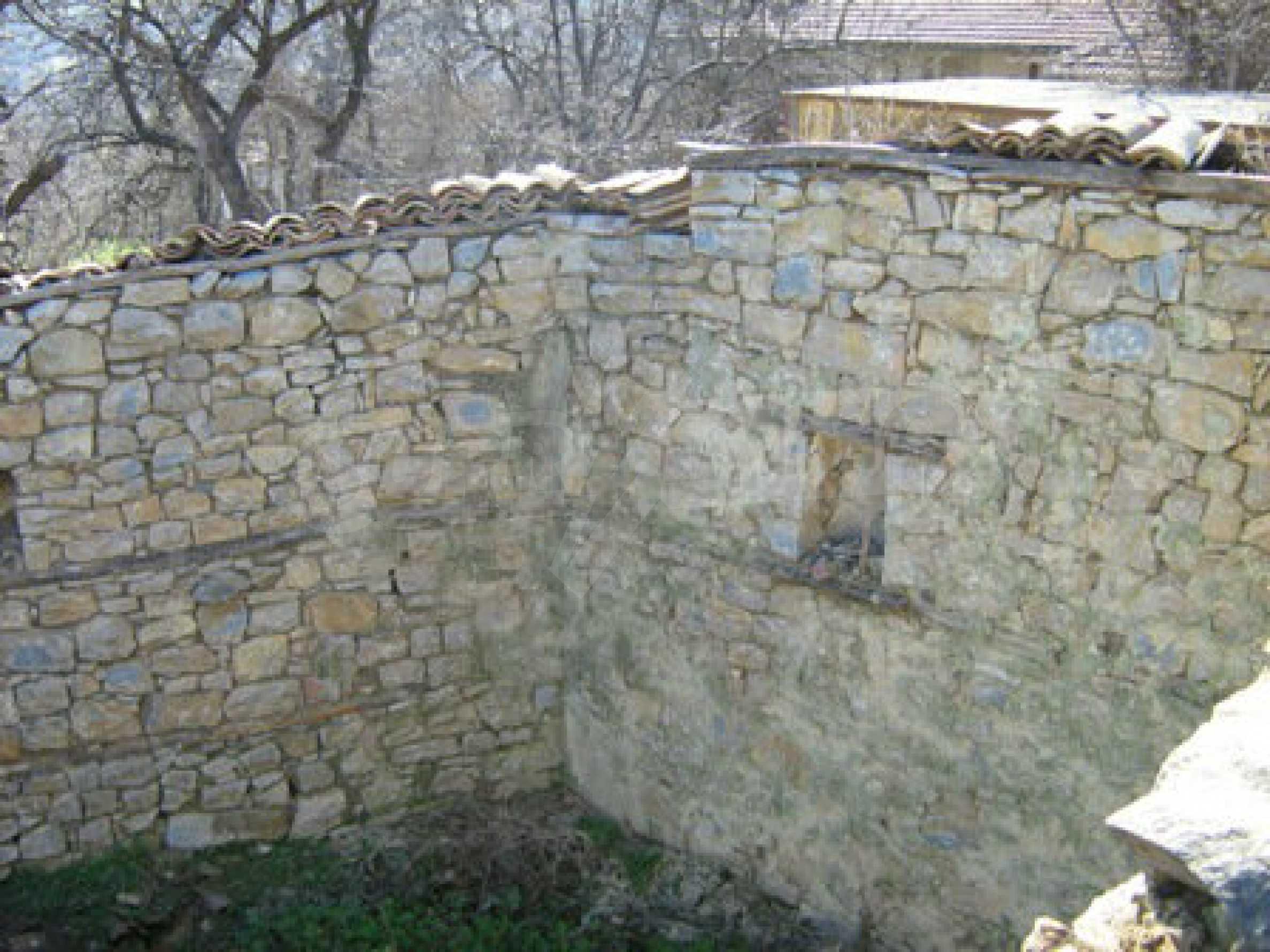 Ein altes authentisches Haus mit einem großen Garten in der Nähe der alten Hauptstadt 5