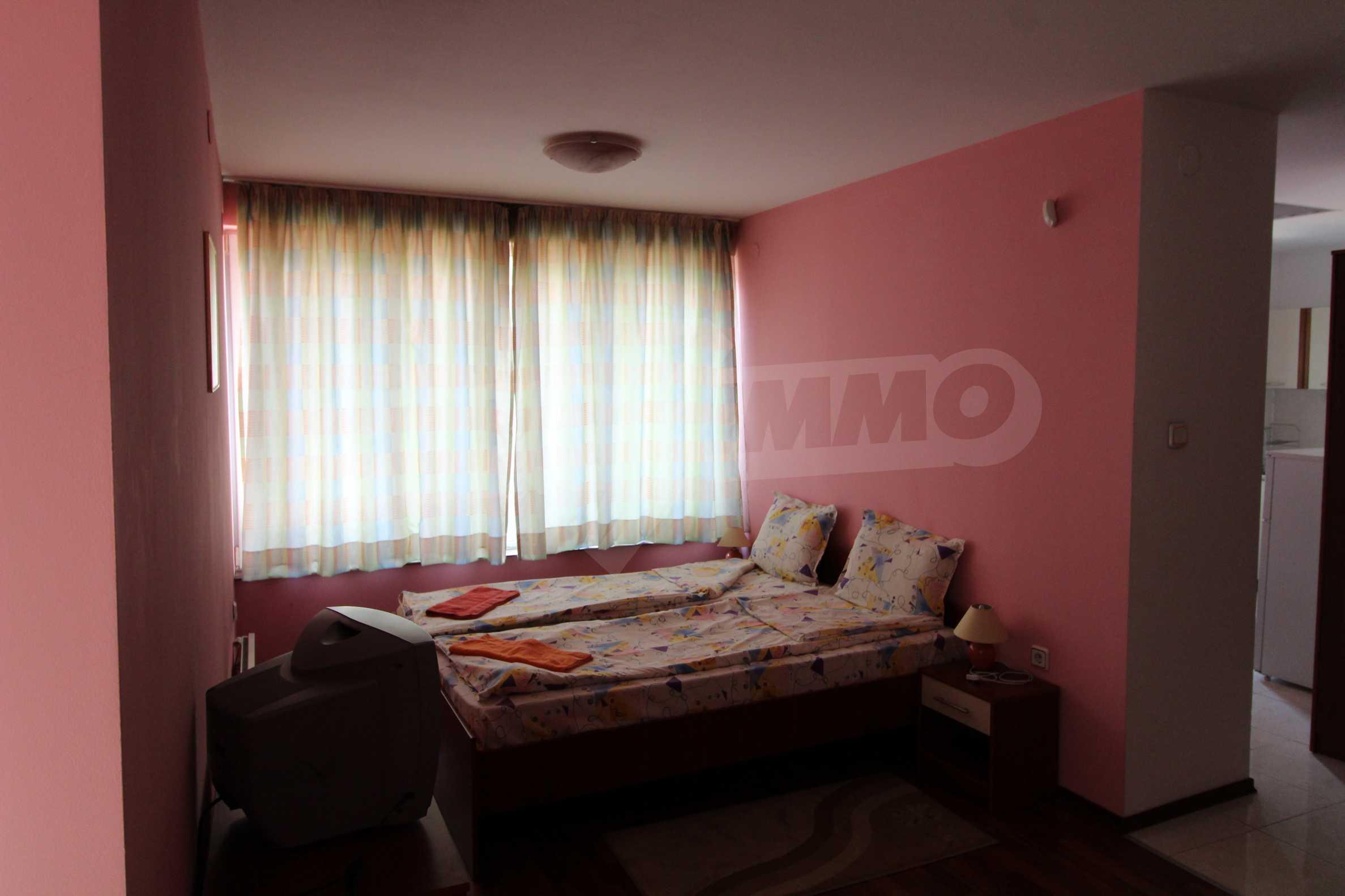 Обзаведен двустаен апартамент в Банско 2