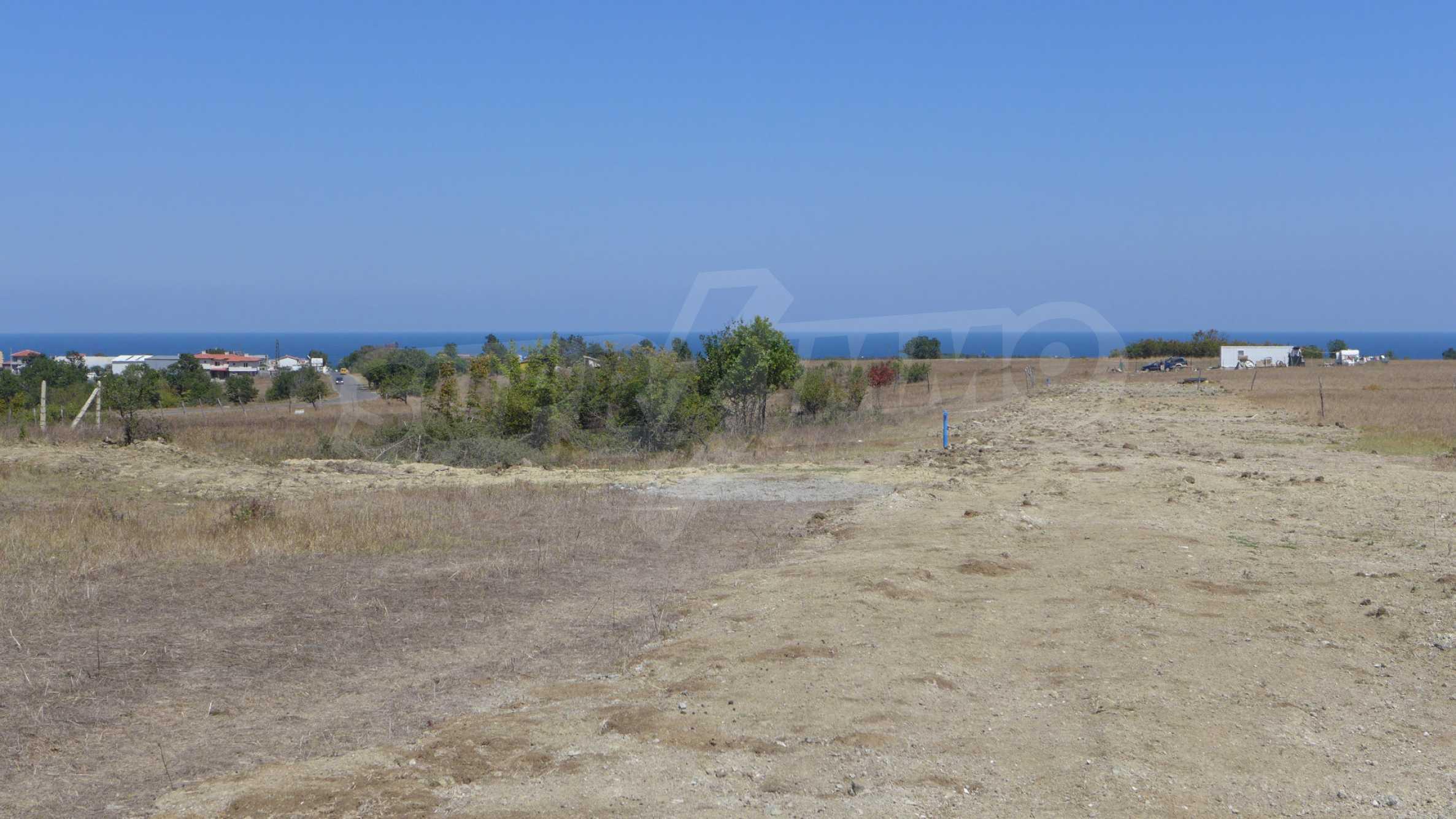 Geregeltes Grundstück in der Nähe des Dorfes Lozenets 5