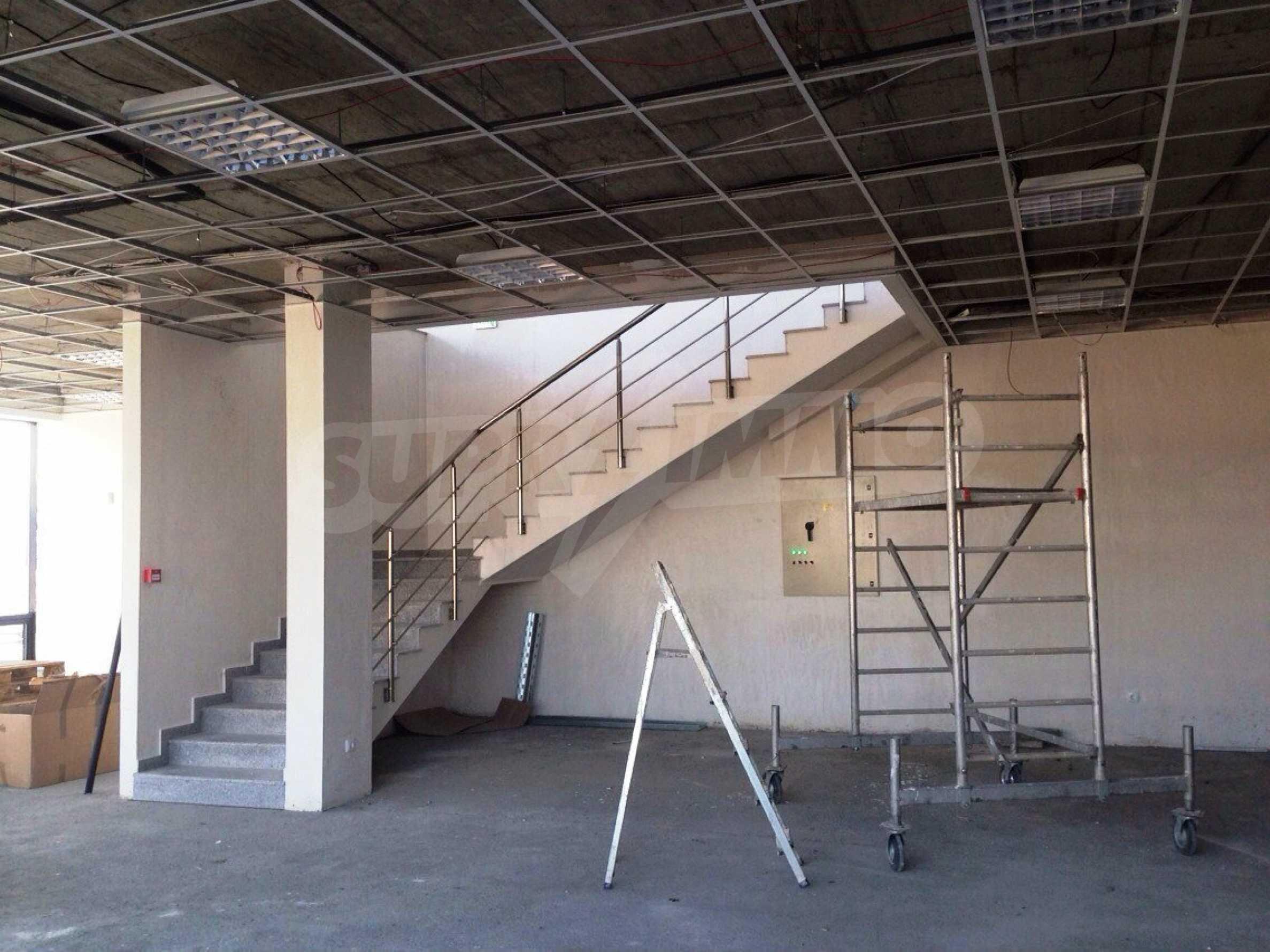 Neugebautes Bürogebäude in Blagoevgrad 19