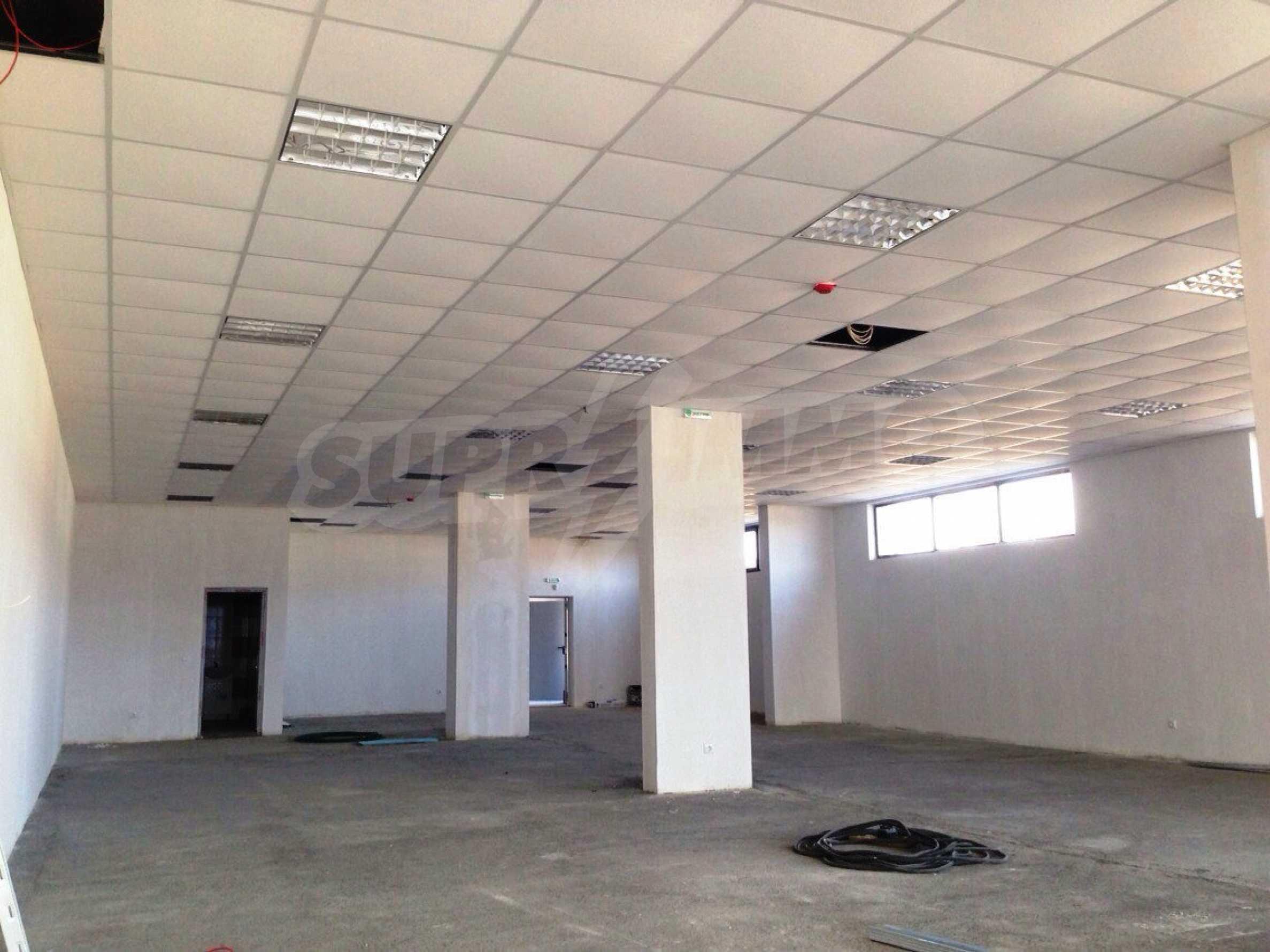 Neugebautes Bürogebäude in Blagoevgrad 22