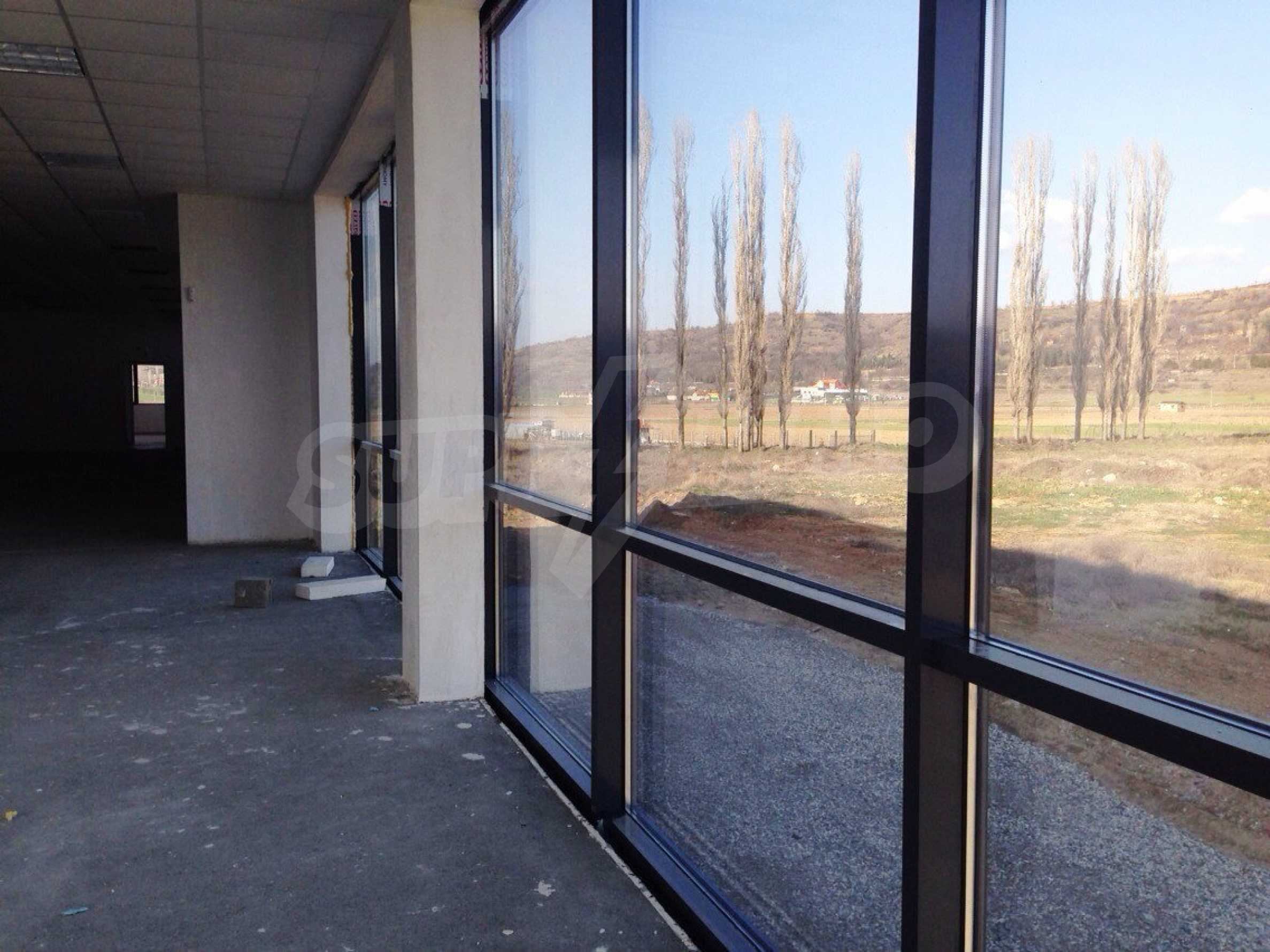 Neugebautes Bürogebäude in Blagoevgrad 29