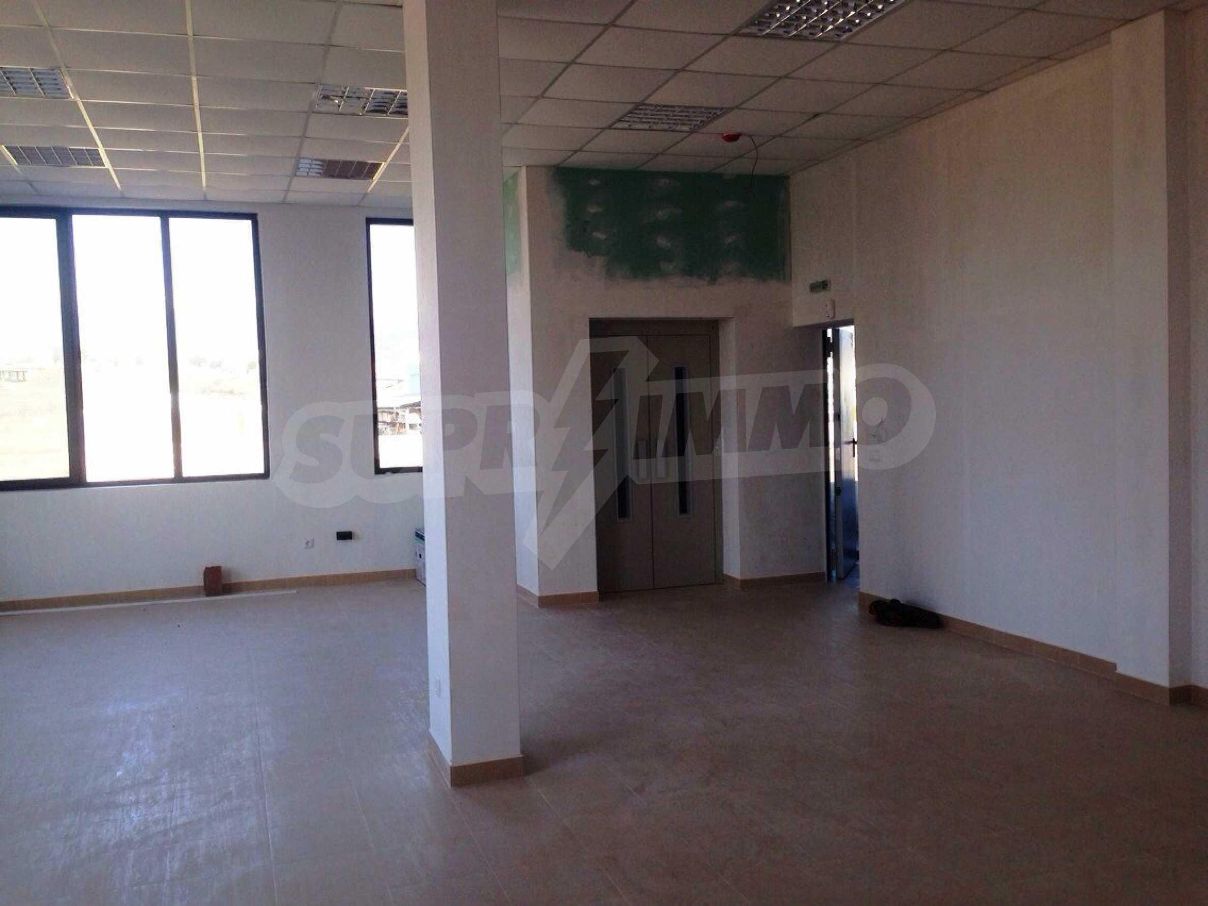 Neugebautes Bürogebäude in Blagoevgrad 31