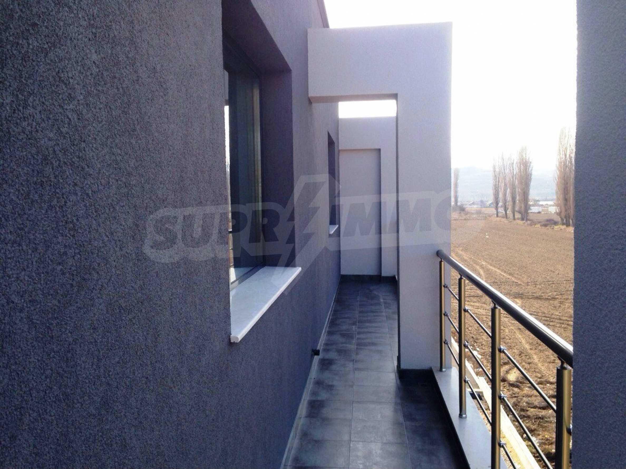 Neugebautes Bürogebäude in Blagoevgrad 6
