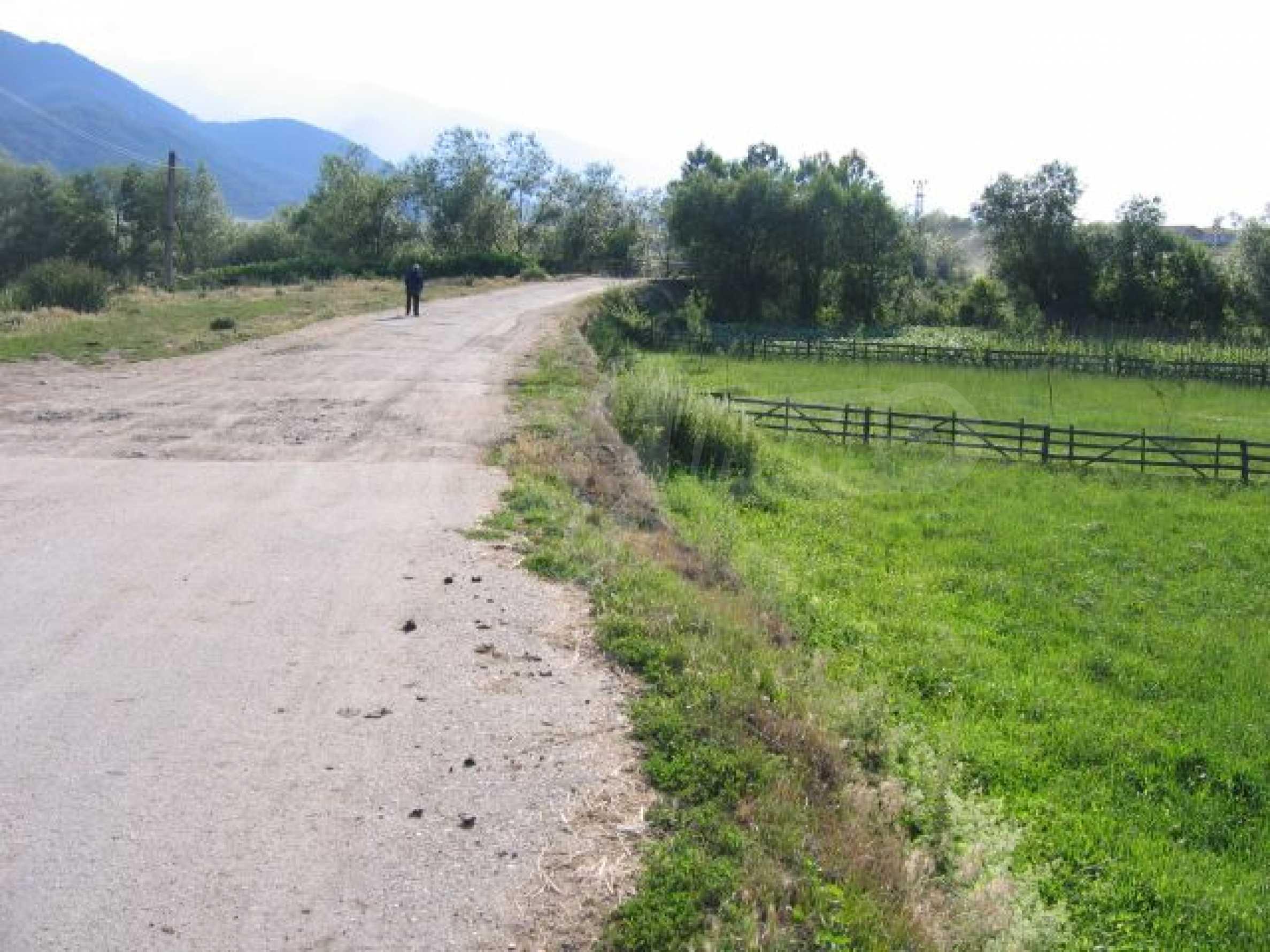 Plot of land for investment in Dobrinishte 4