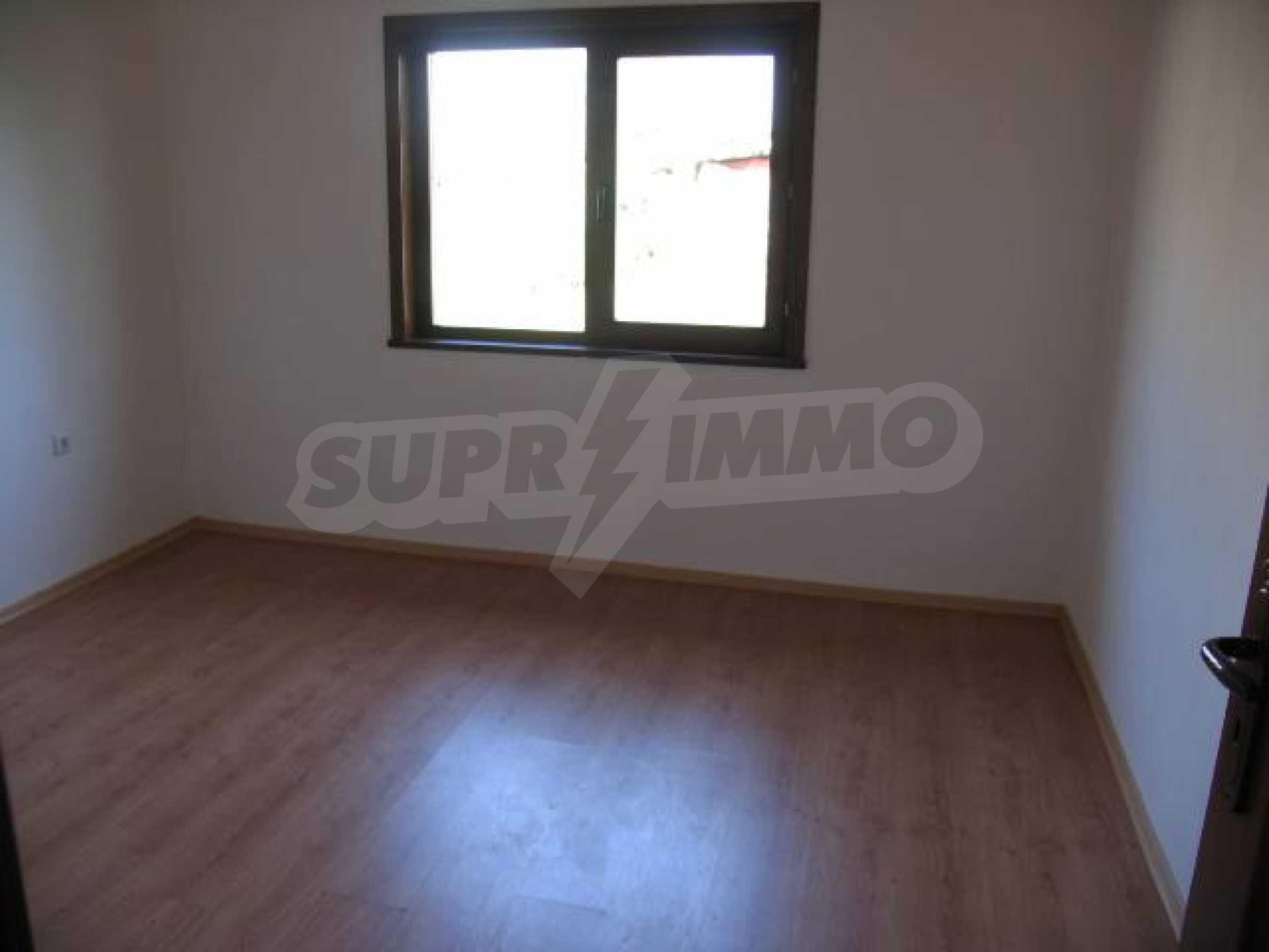 Два дома для продажи в Stefanovo деревне 25 км. от Албена 6
