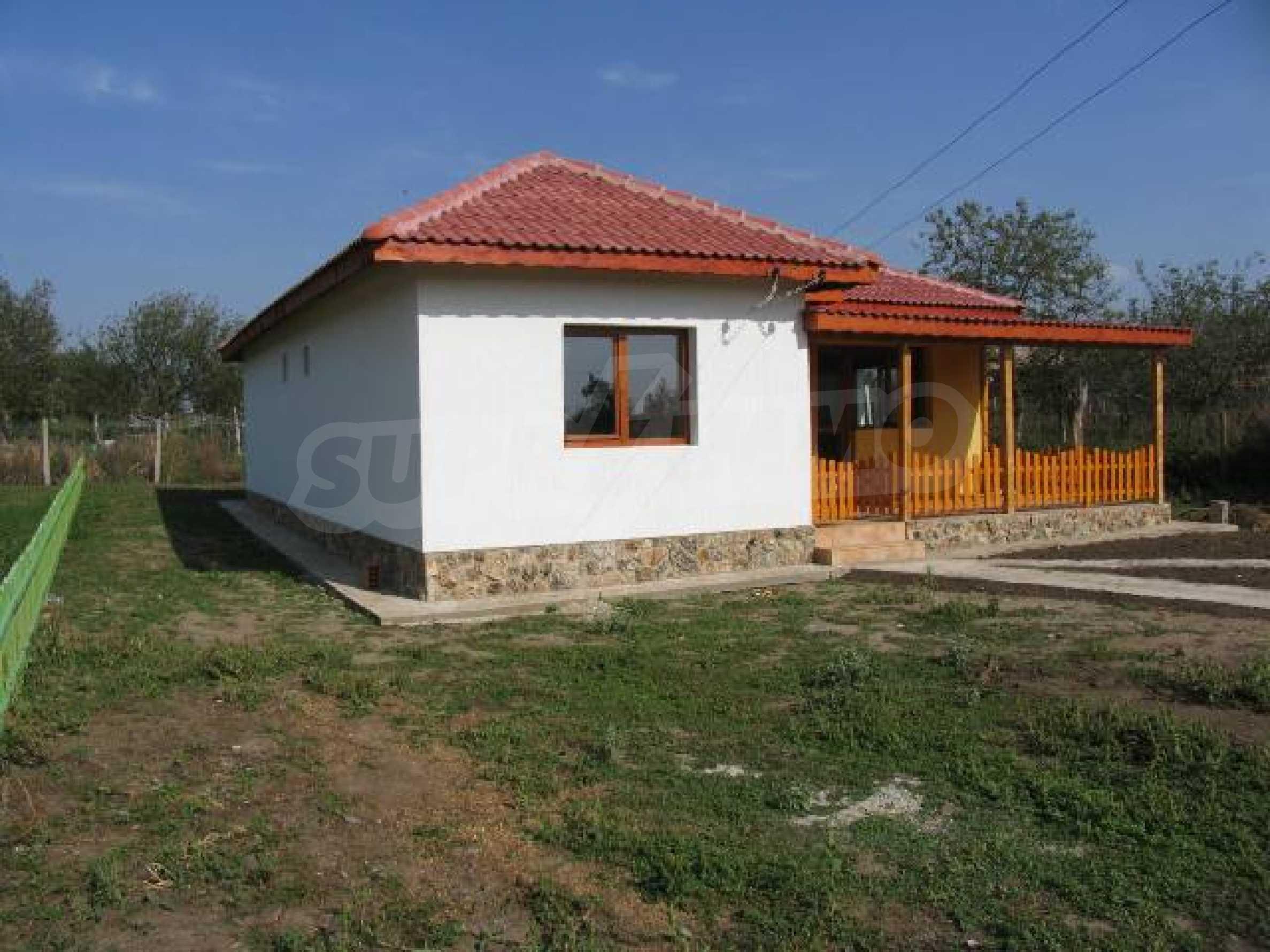 Два дома для продажи в Stefanovo деревне 25 км. от Албена 8