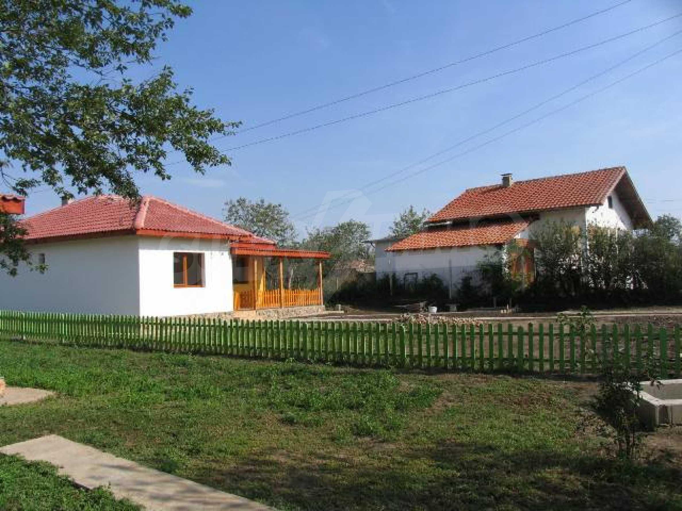 Два дома для продажи в Stefanovo деревне 25 км. от Албена 9