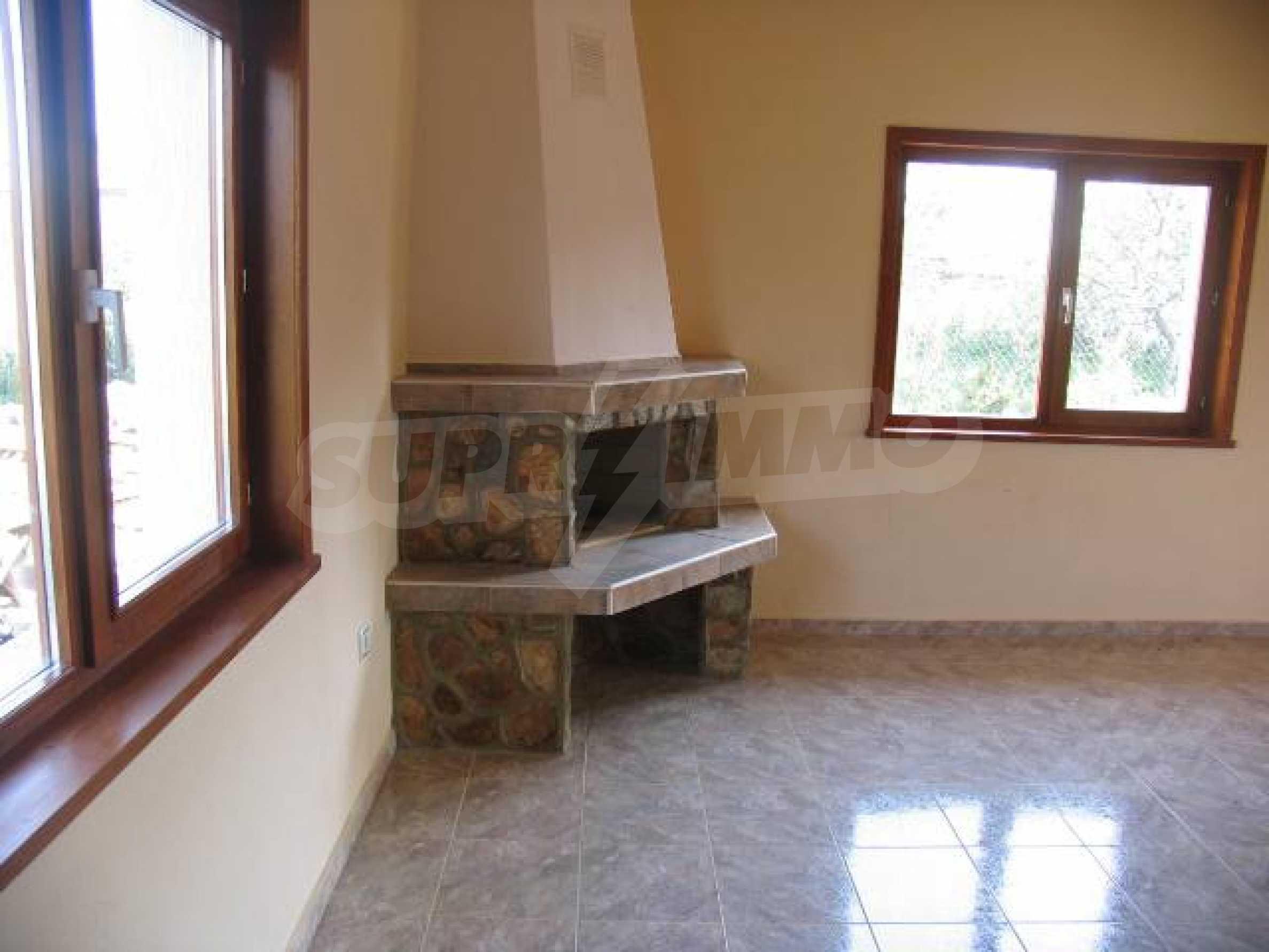 Два дома для продажи в Stefanovo деревне 25 км. от Албена 12
