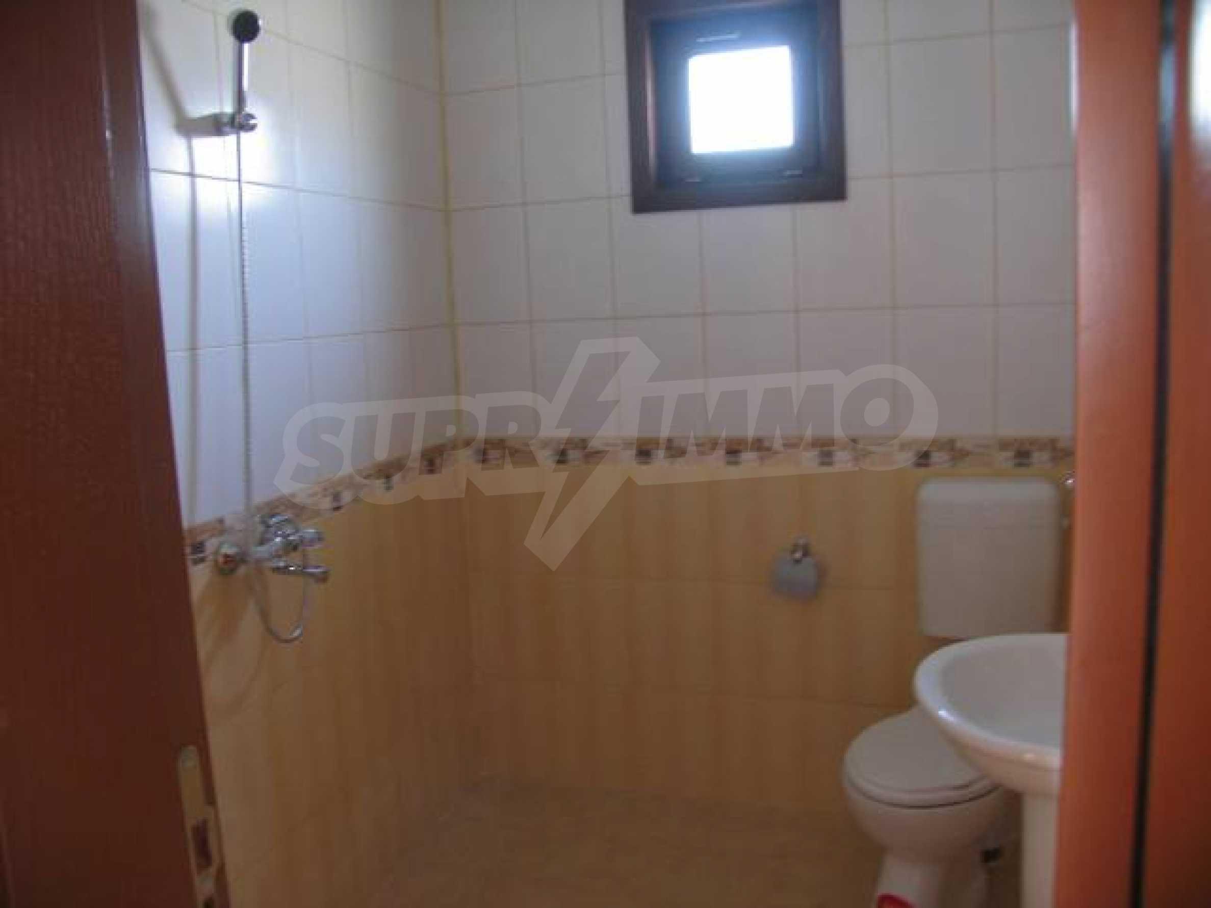 Два дома для продажи в Stefanovo деревне 25 км. от Албена 5