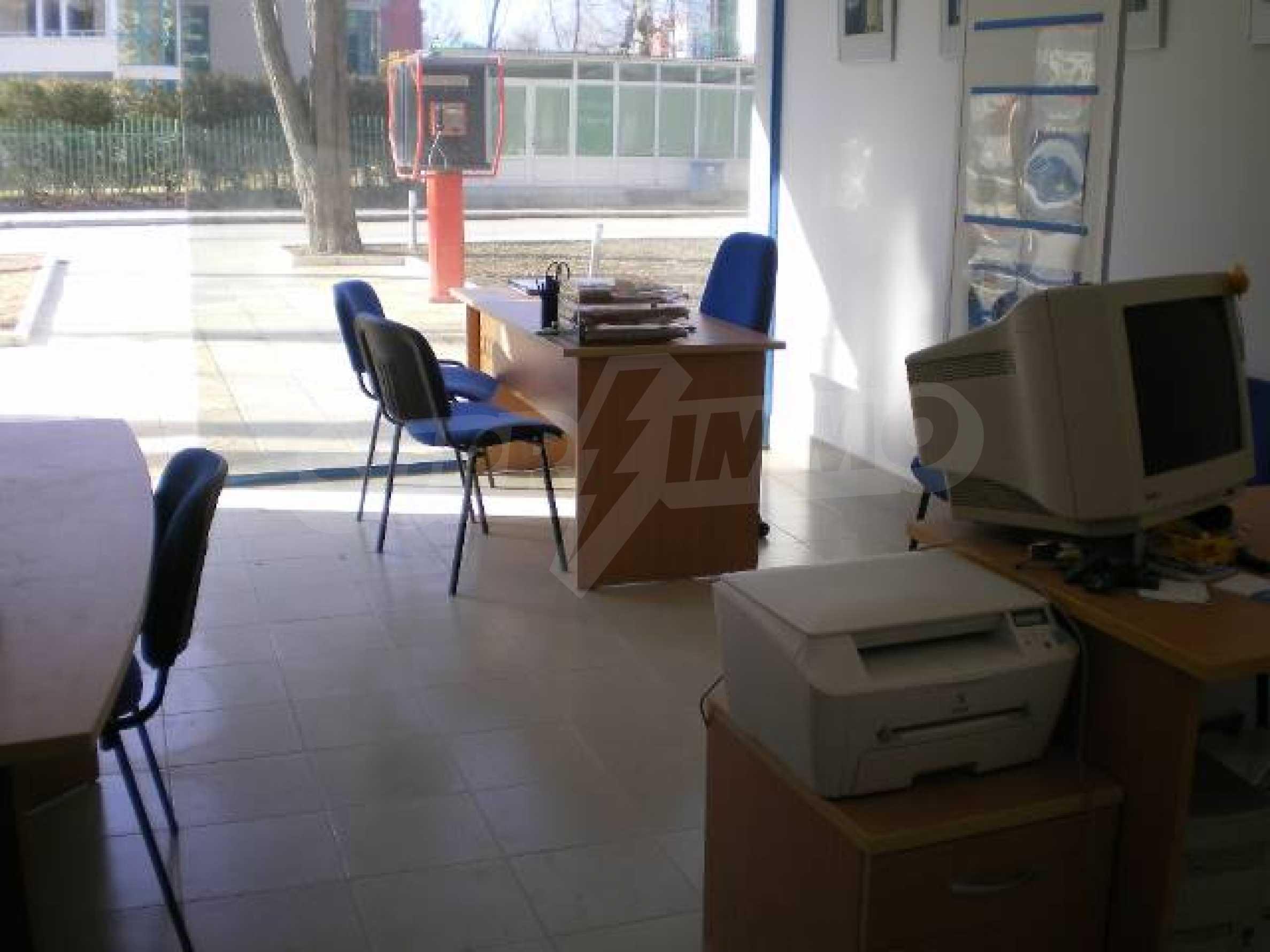 Офис на продажу на Солнечном берегу 3
