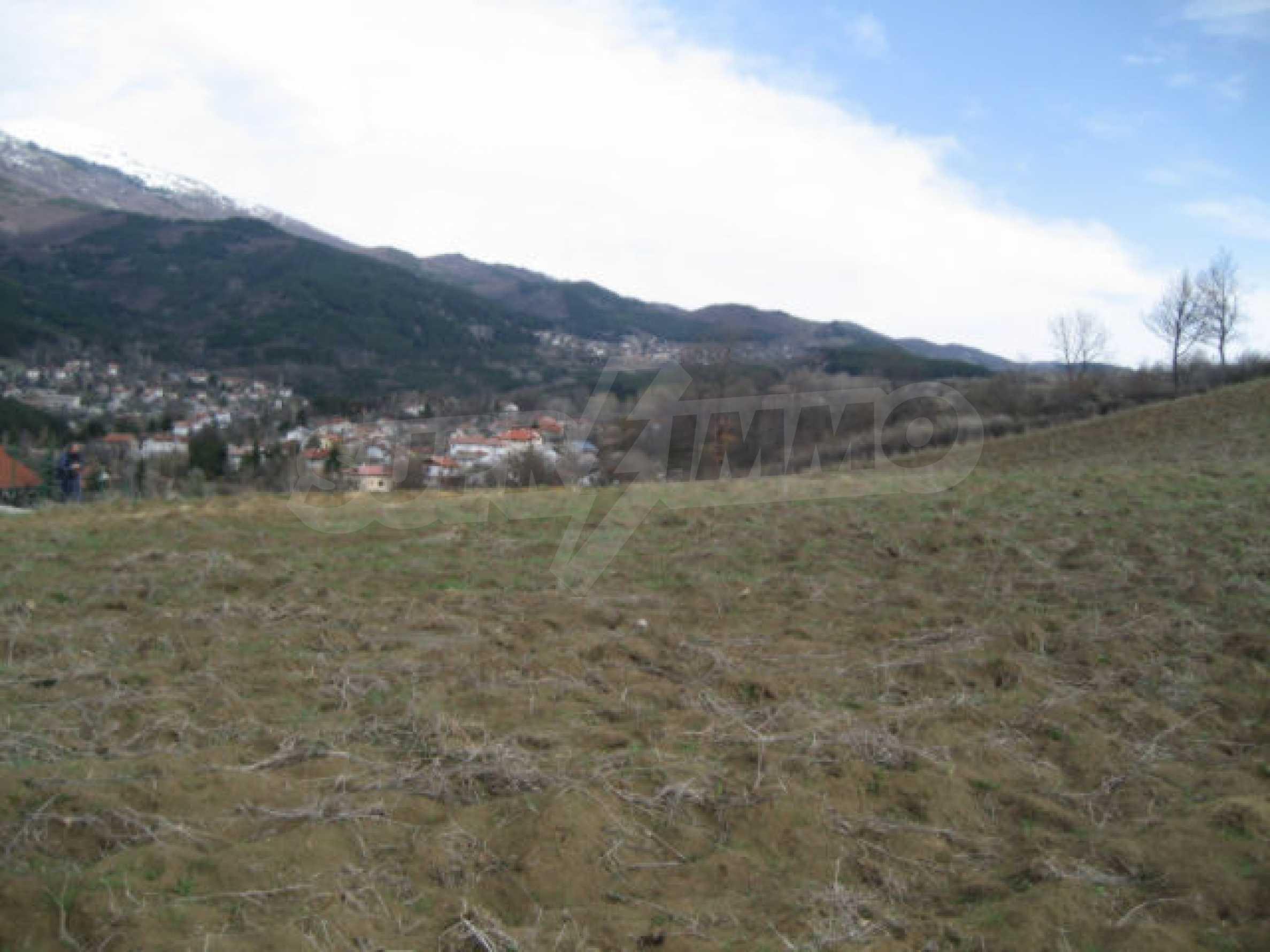 Three neighbouring plots of land in Rudartsi