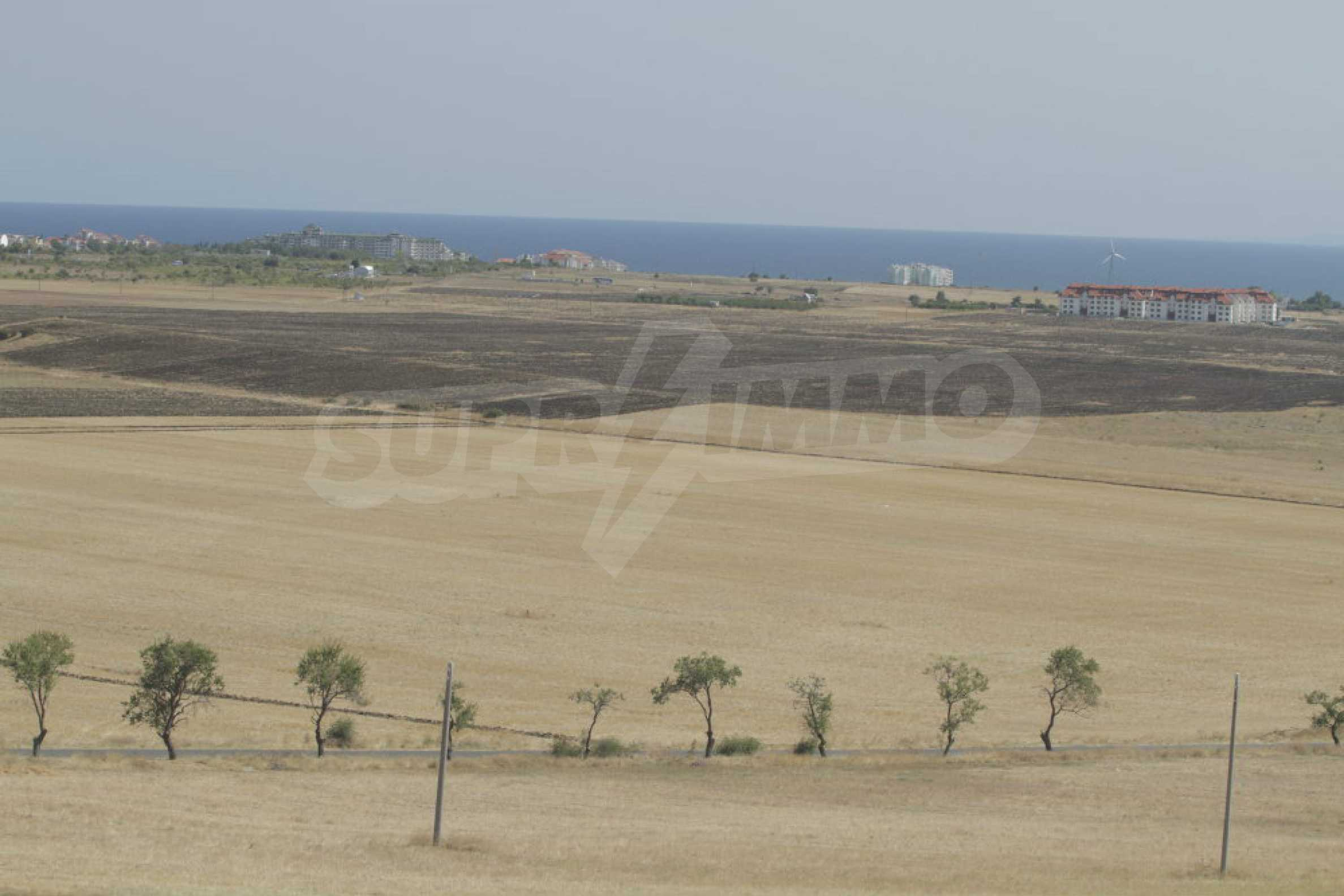 Investment land near the town of Aheloy, a few km from Sunny Beach, Bulgaria
